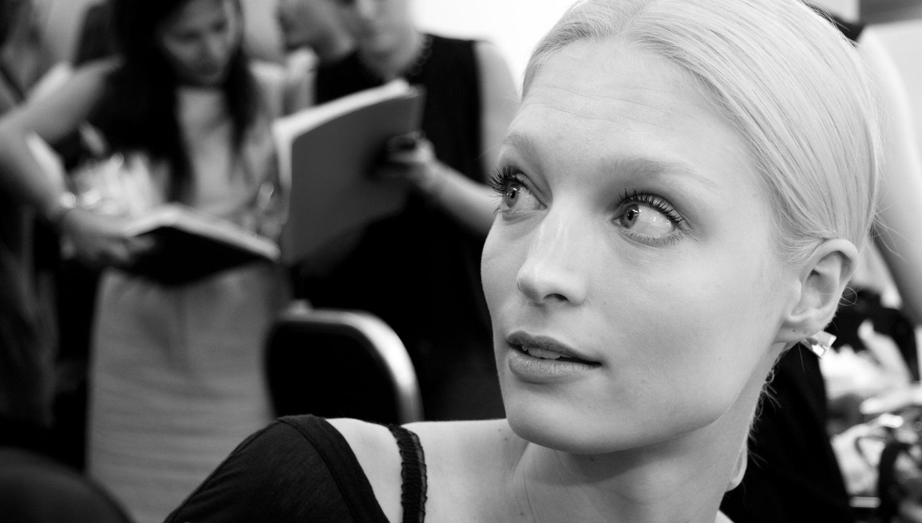 Backstage Iceberg Fashion Woman