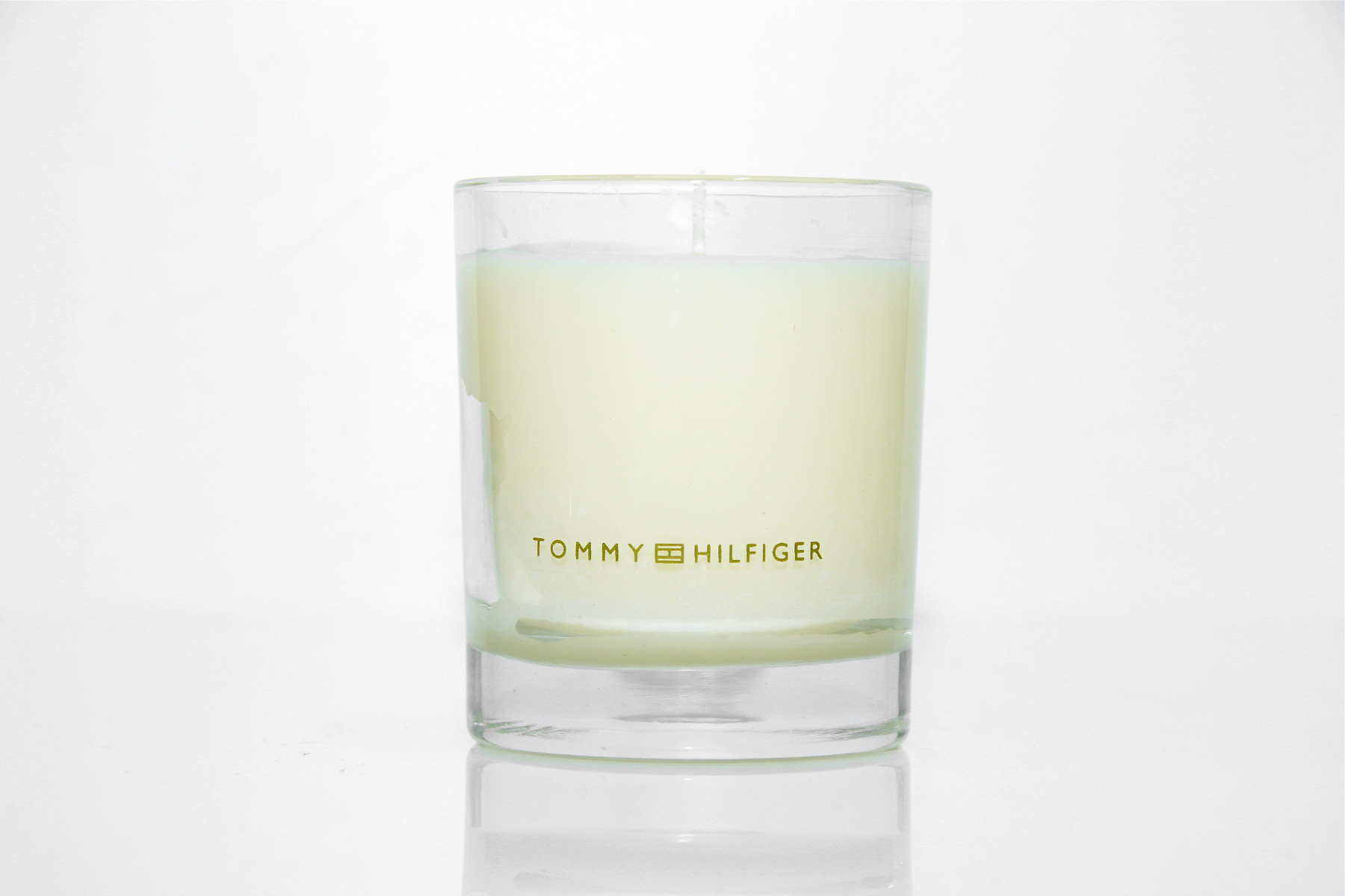 Tommy Hilfiger Candle - Christmas Giveaway