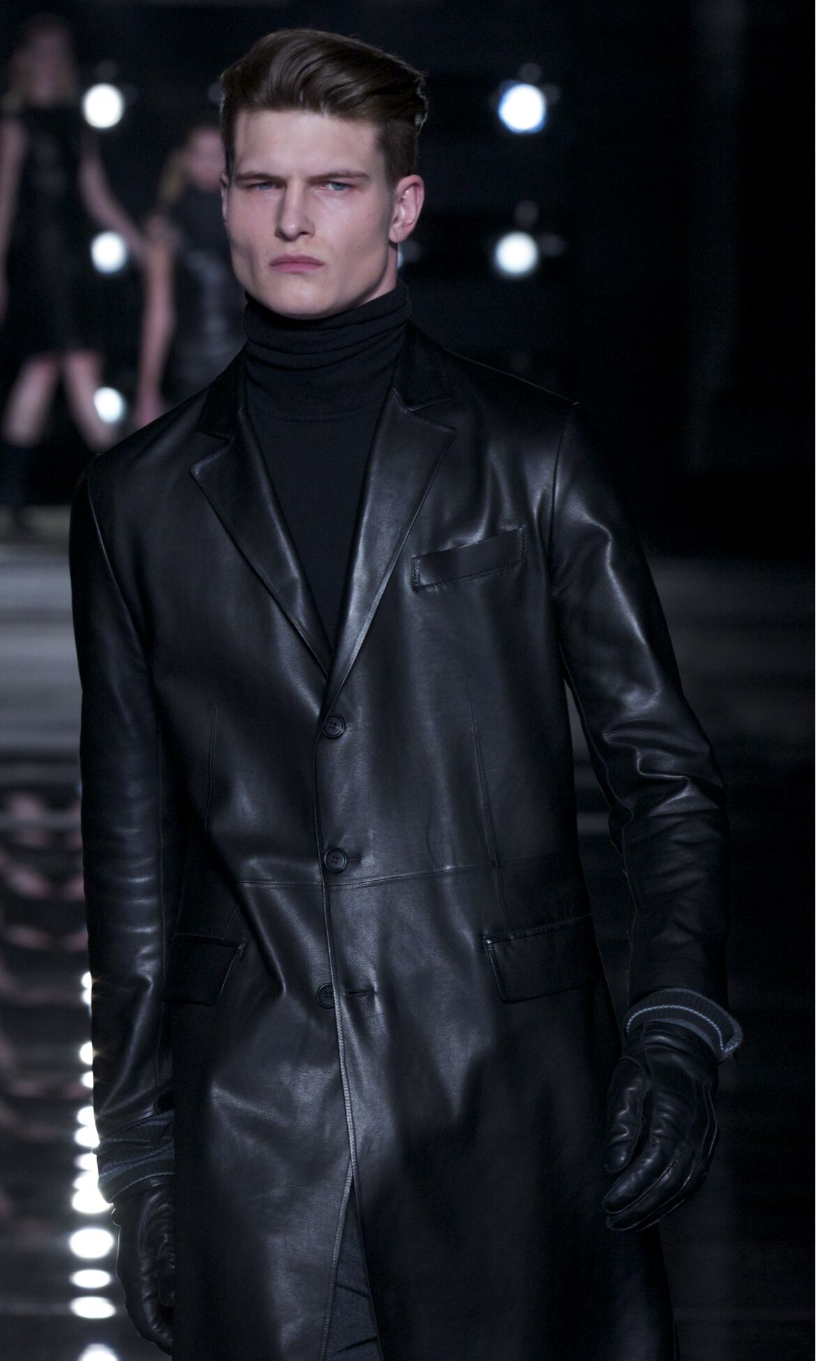 Catwalk Ermanno Scervino Winter 2013 14