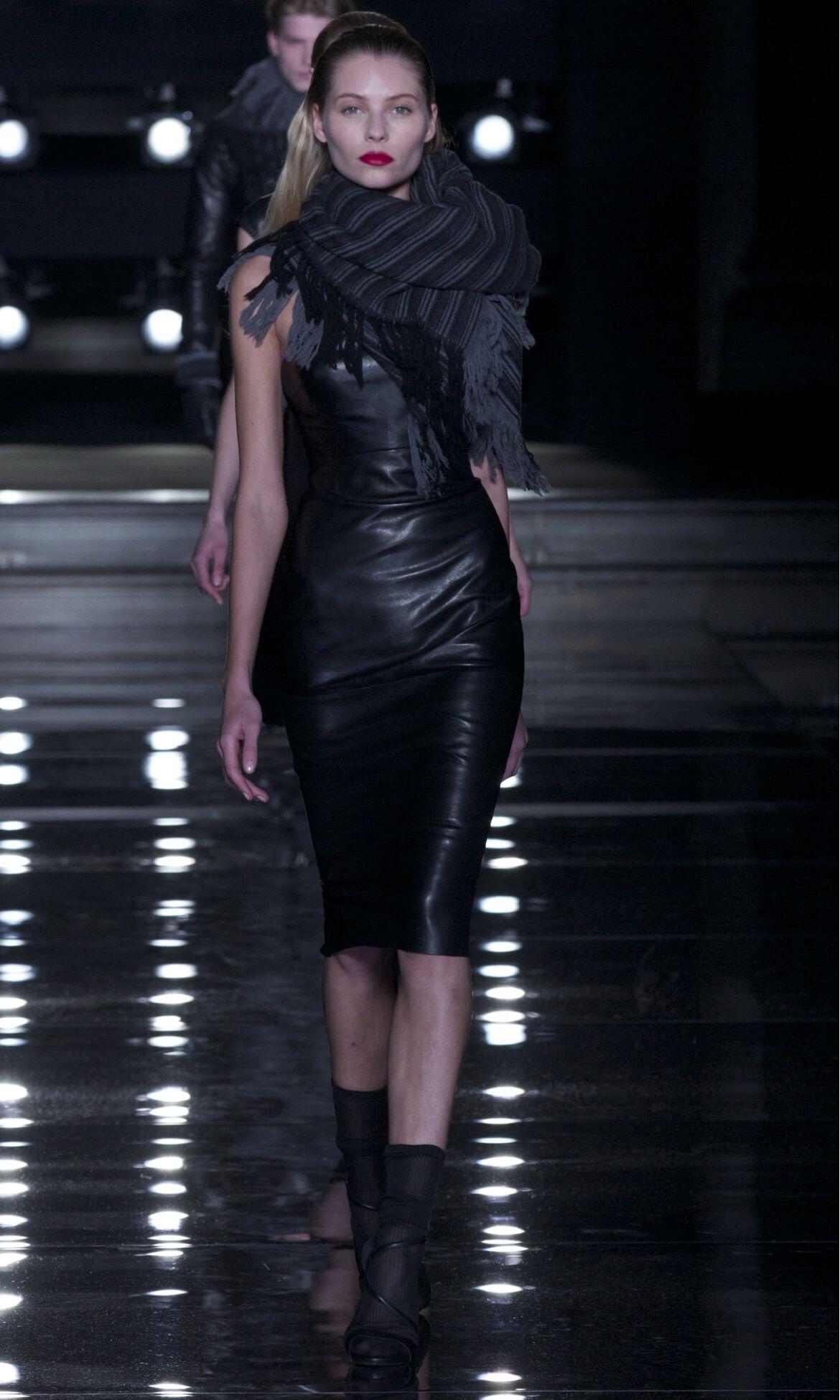 Ermanno Scervino Black Dress