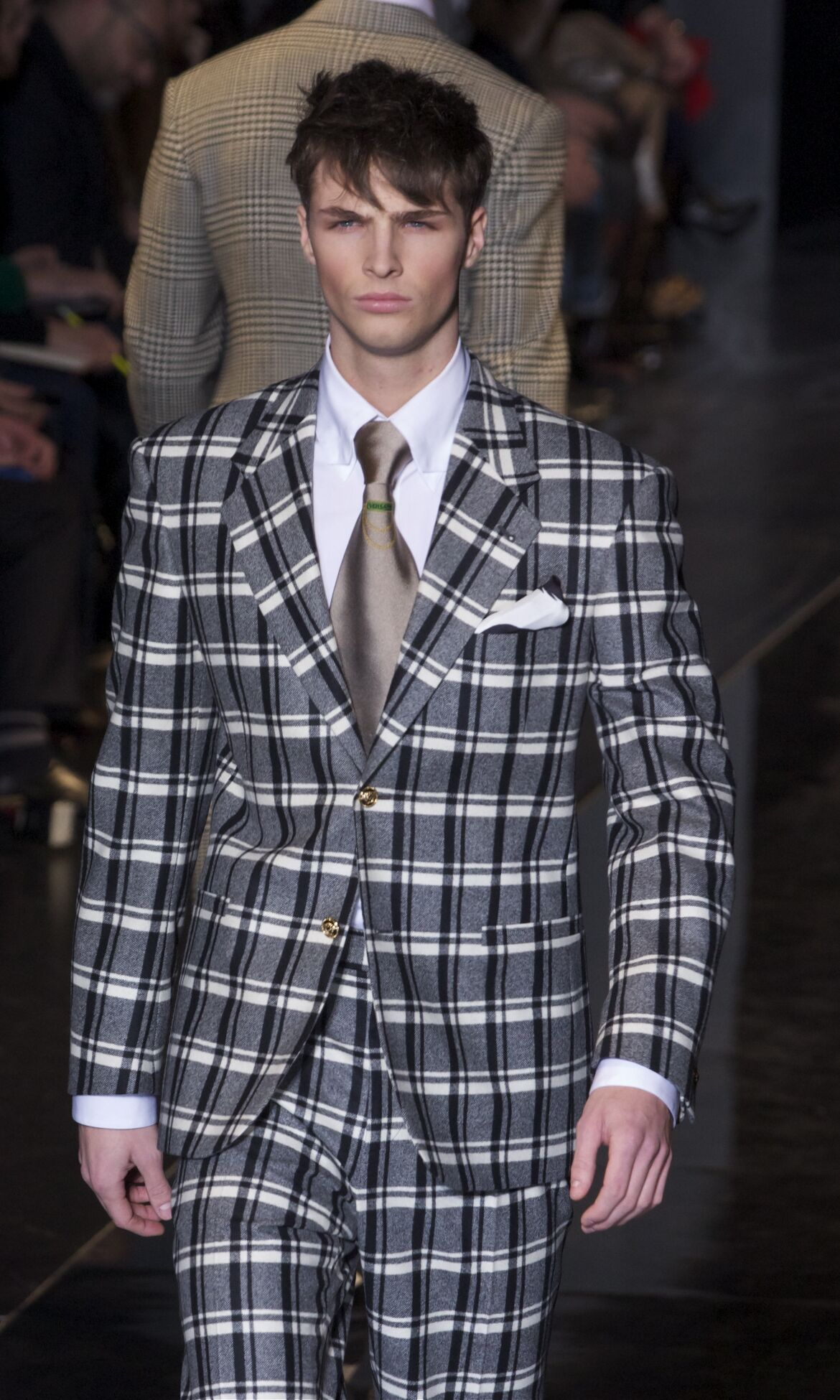 Catwalk Versace Fall Winter 2013 14 Men Collection Milan Fashion Week