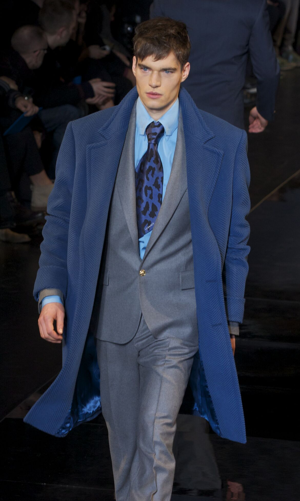 Catwalk Versace Fall Winter 2013 14 Men Collection Milano Fashion Week