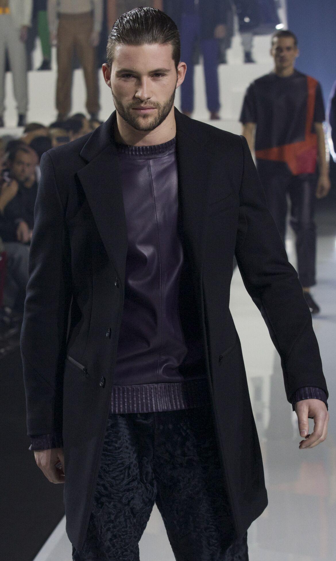 Dirk Bikkembergs Fashion Show FW 2013 2014