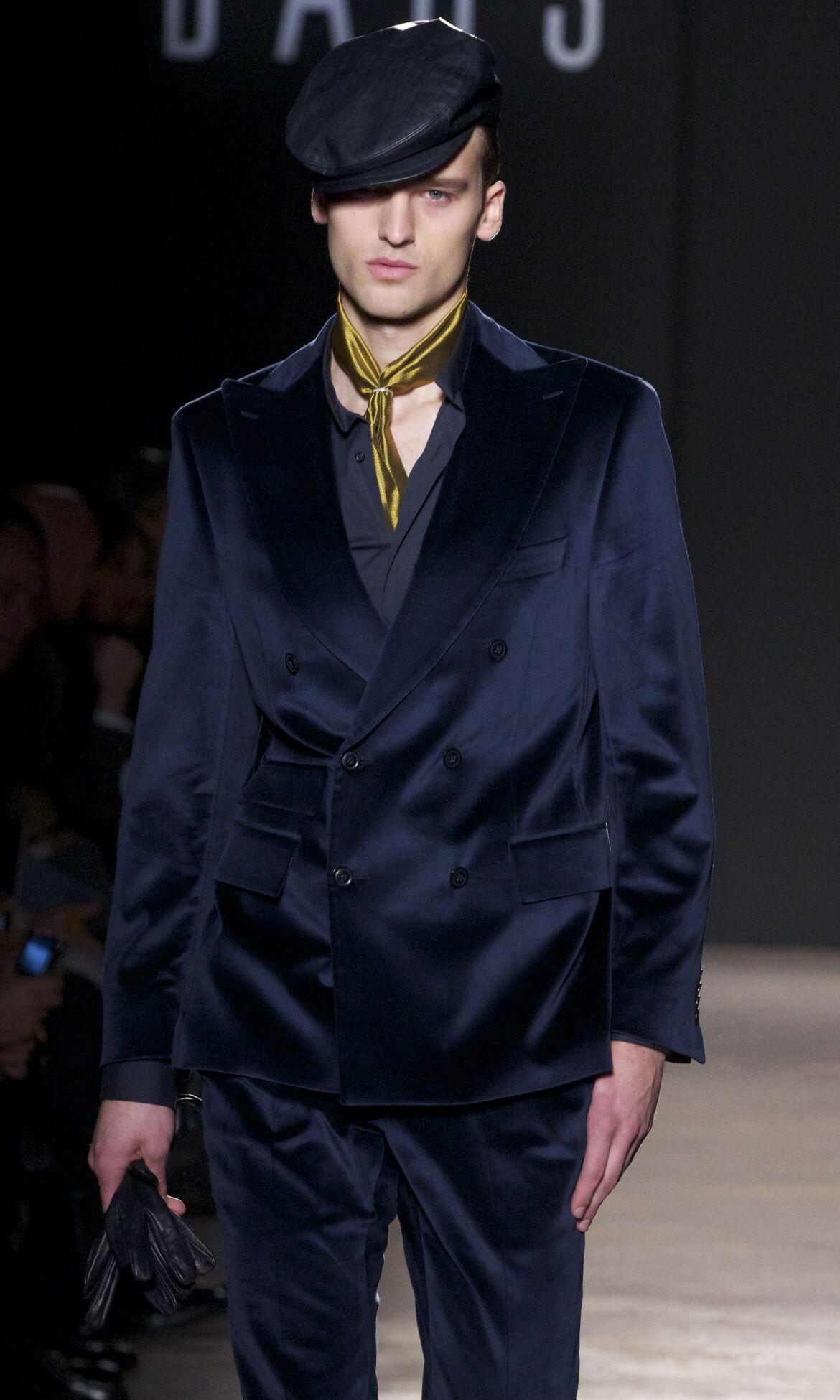 Fall Daks Fashion Man