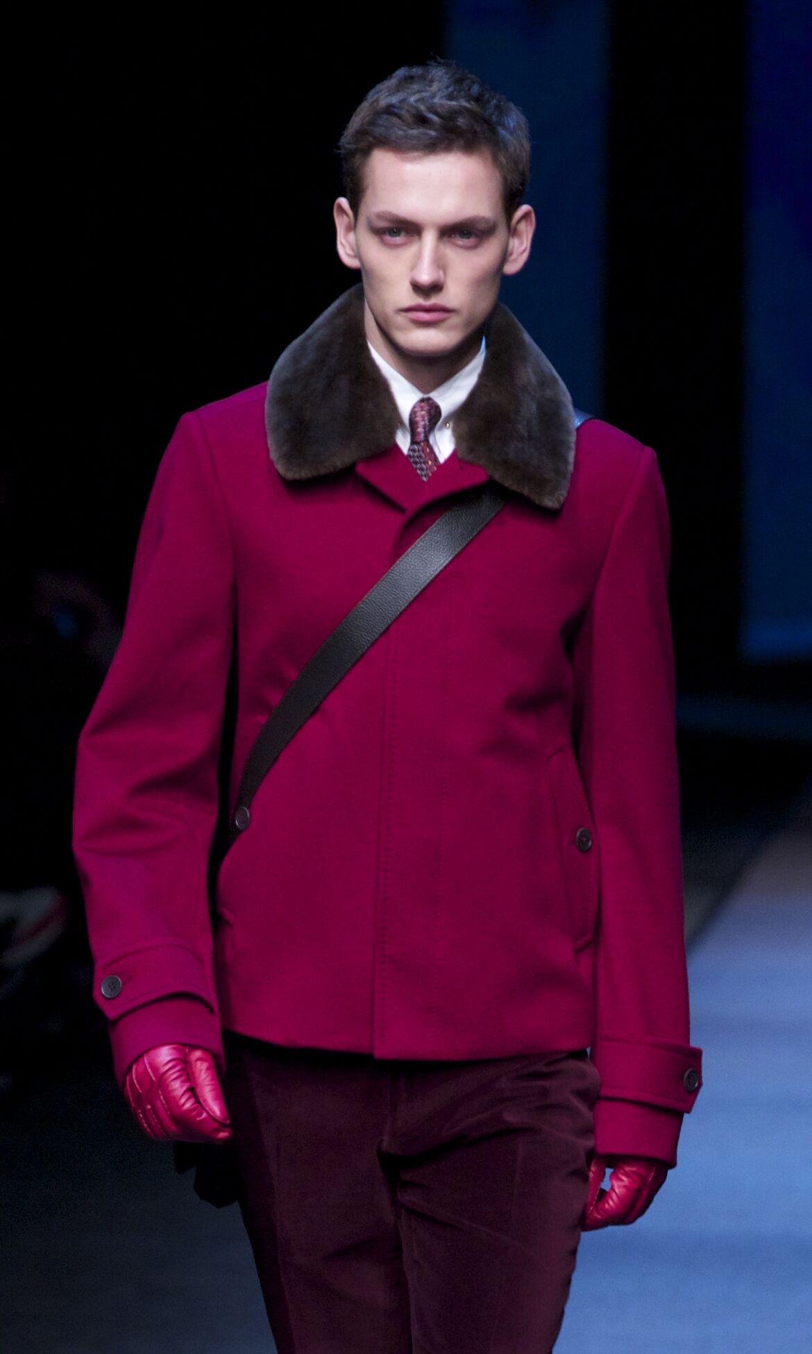Fashion Man Model Canali Catwalk