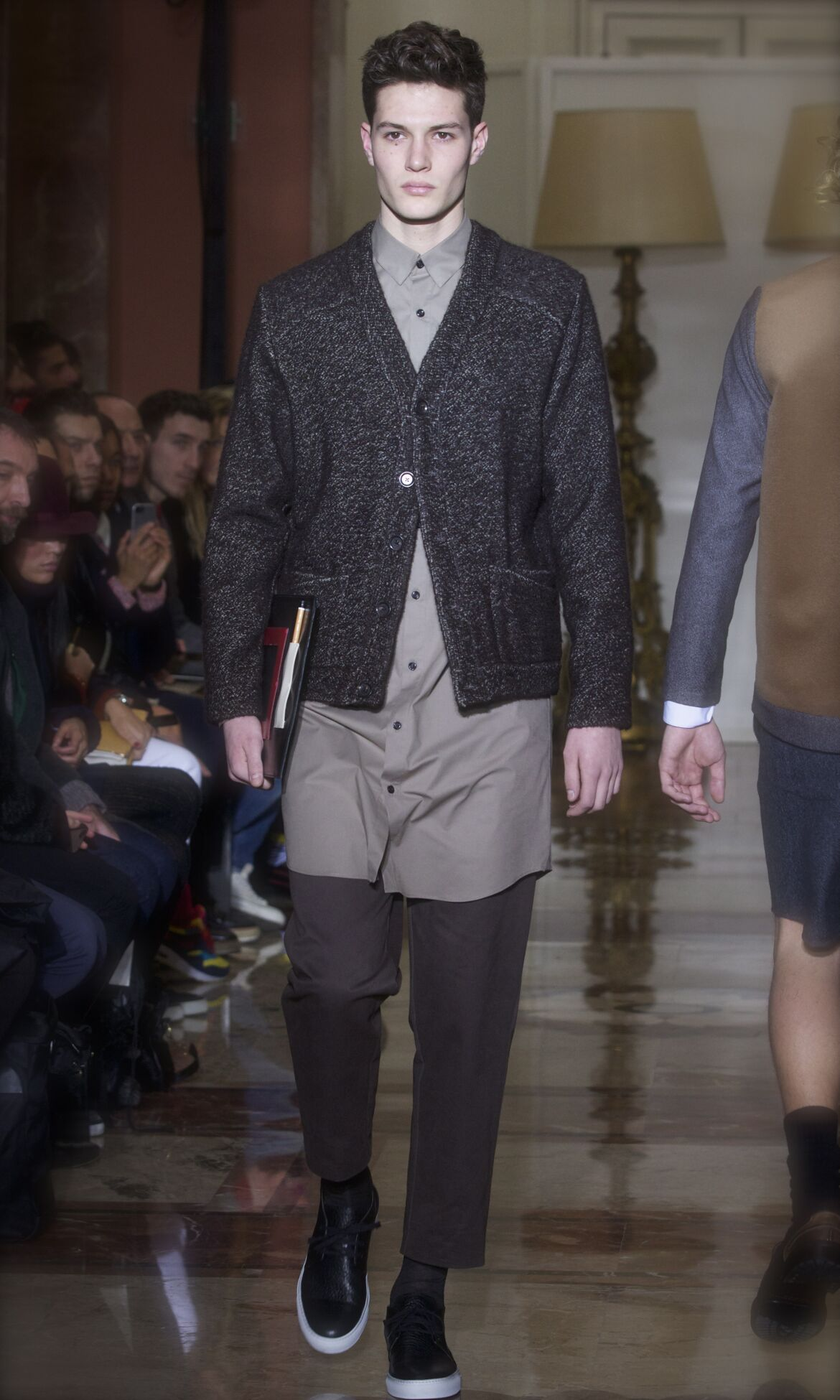 Runway Andrea Incontri Fall Winter 2013 14 Men Collection Milan Fashion Week