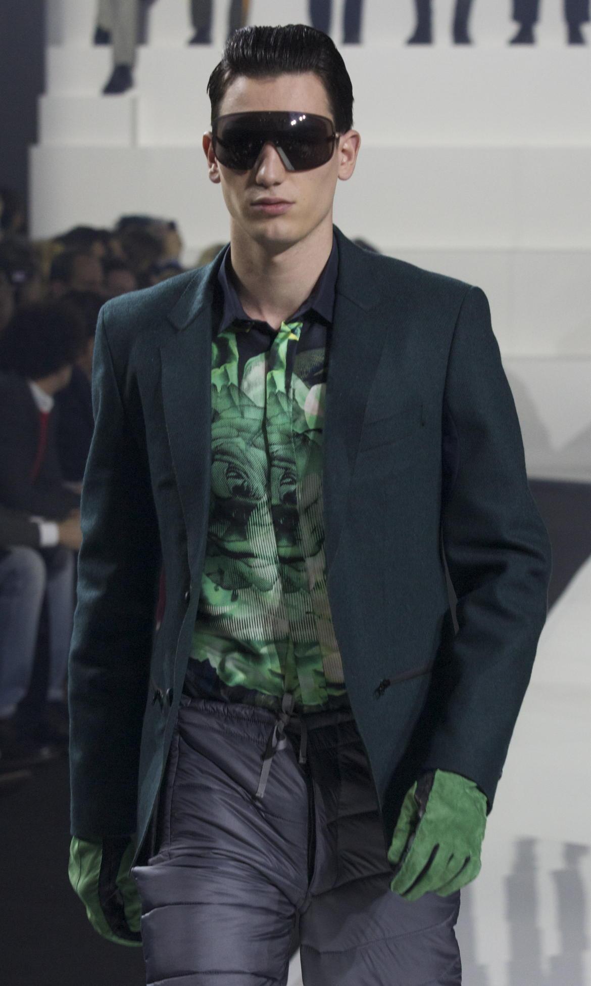 Runway Dirk Bikkembergs Fall Winter 2013 14 Men Collection Milan Fashion Week