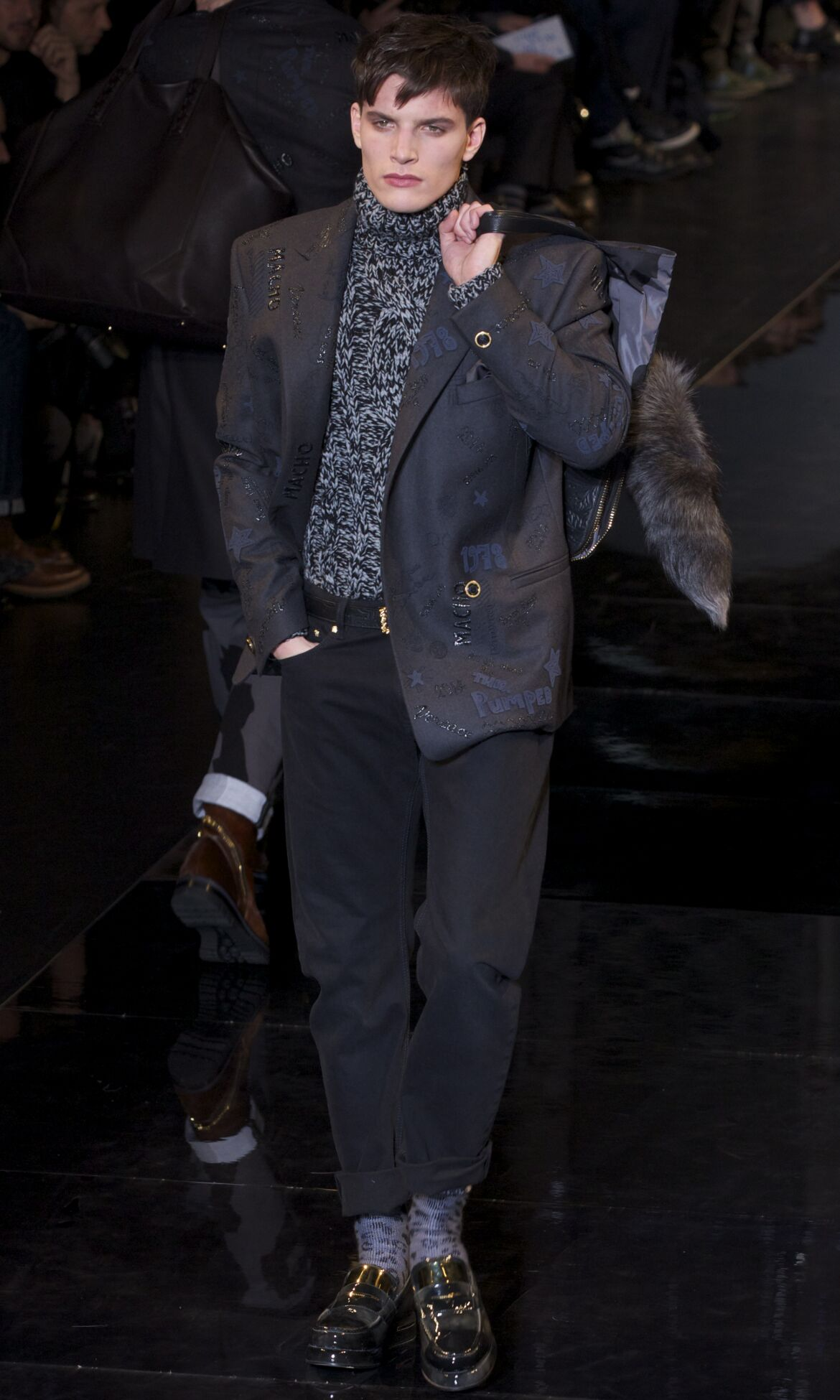 Versace Fashion Show FW 2013 2014