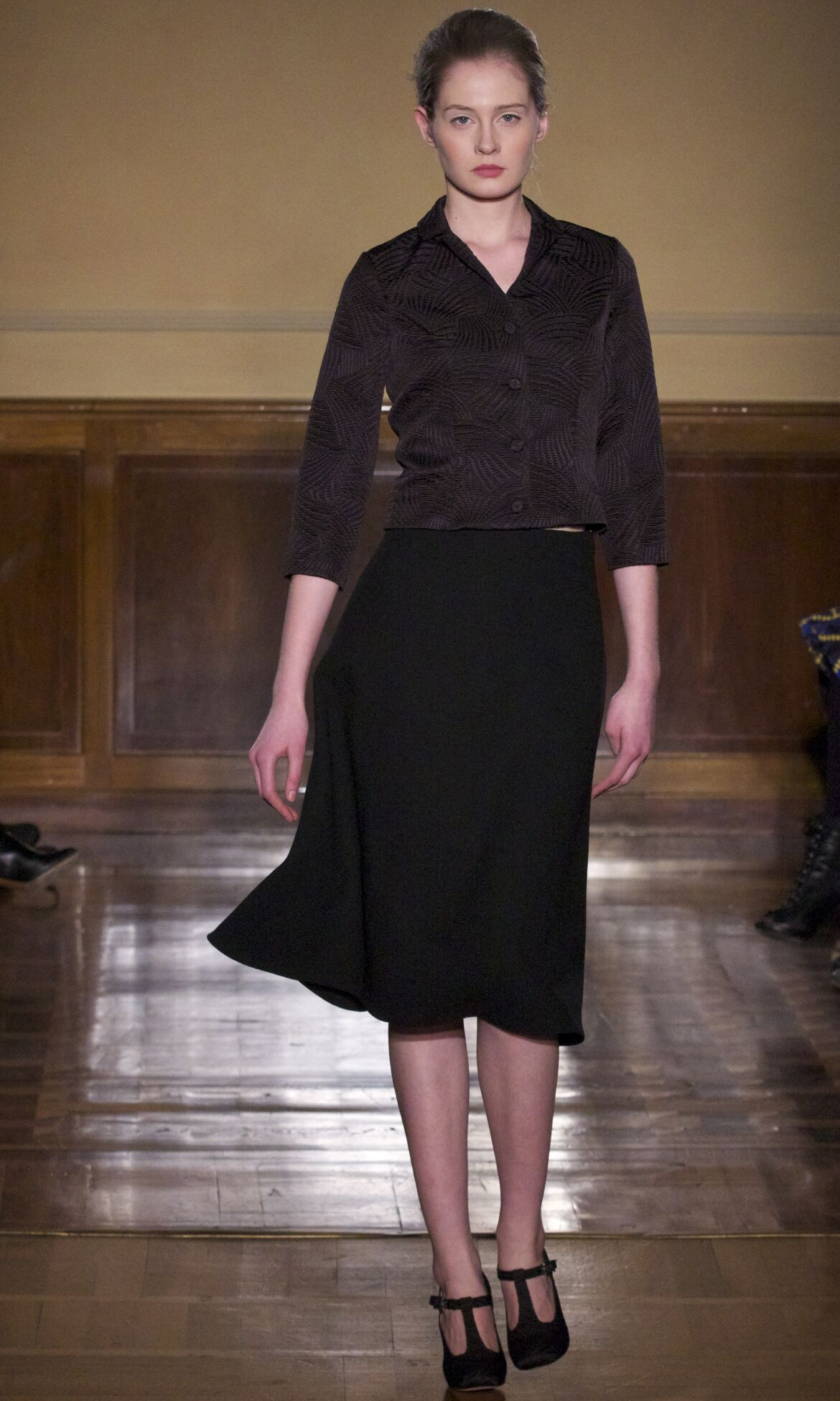 Andrea Incontri Fall 2013 Catwalk