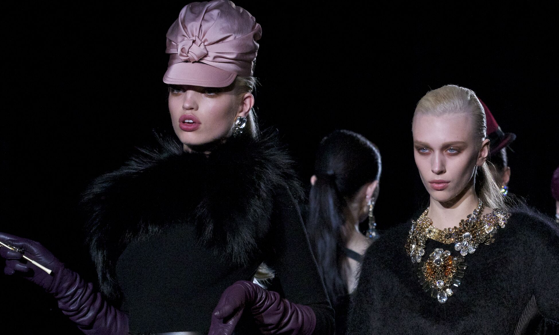 Catwalk Dsquared2 Fashion Show Winter 2013 Womenswear
