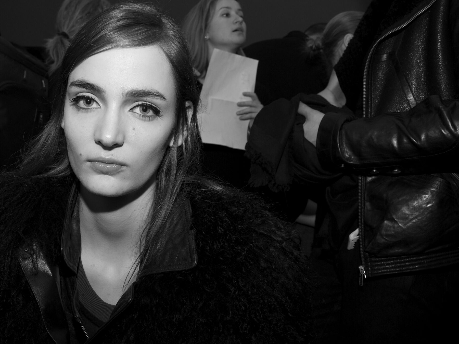 Fashion Models Backstage N°21