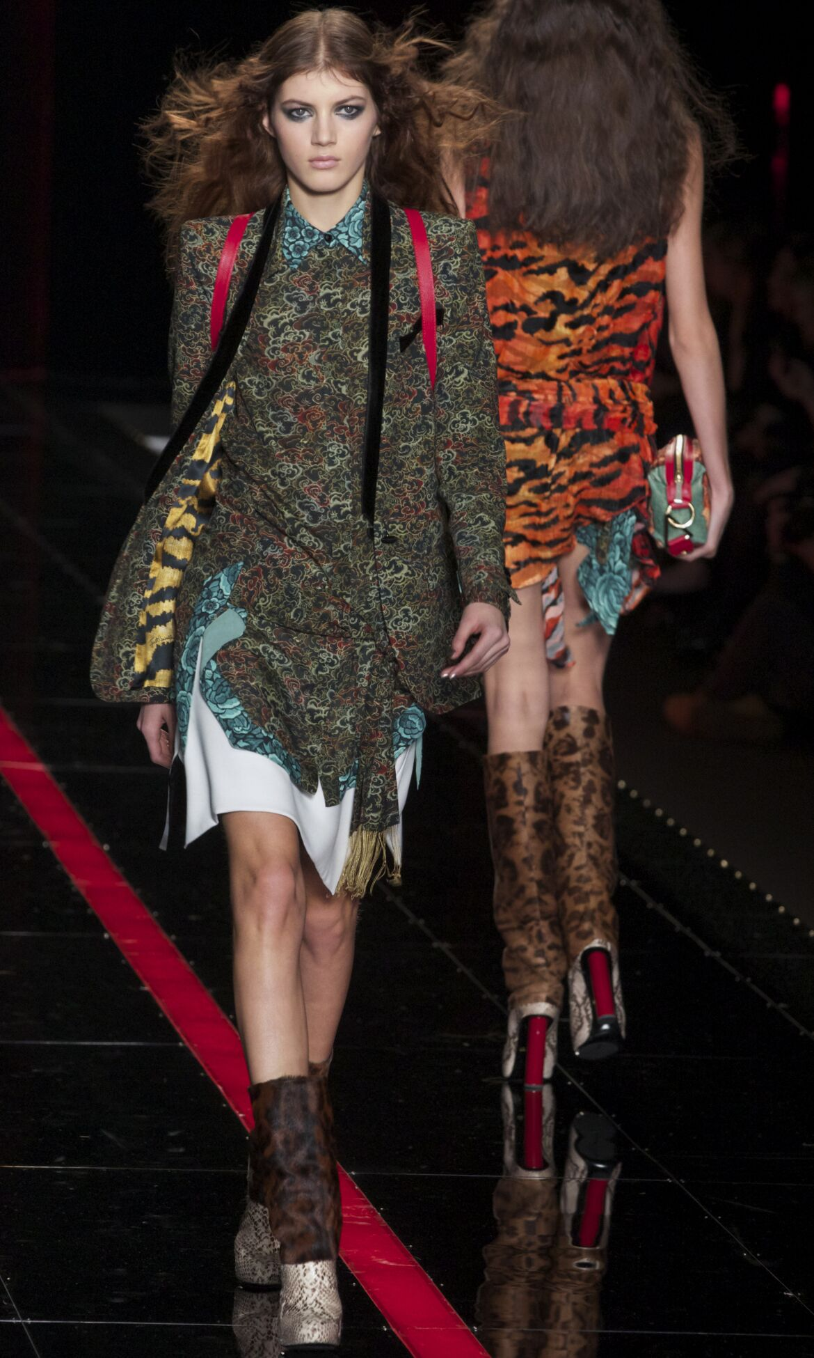 Just Cavalli Fall Winter 2013 14 Women Collection Milan Fashion Week Fashion Show