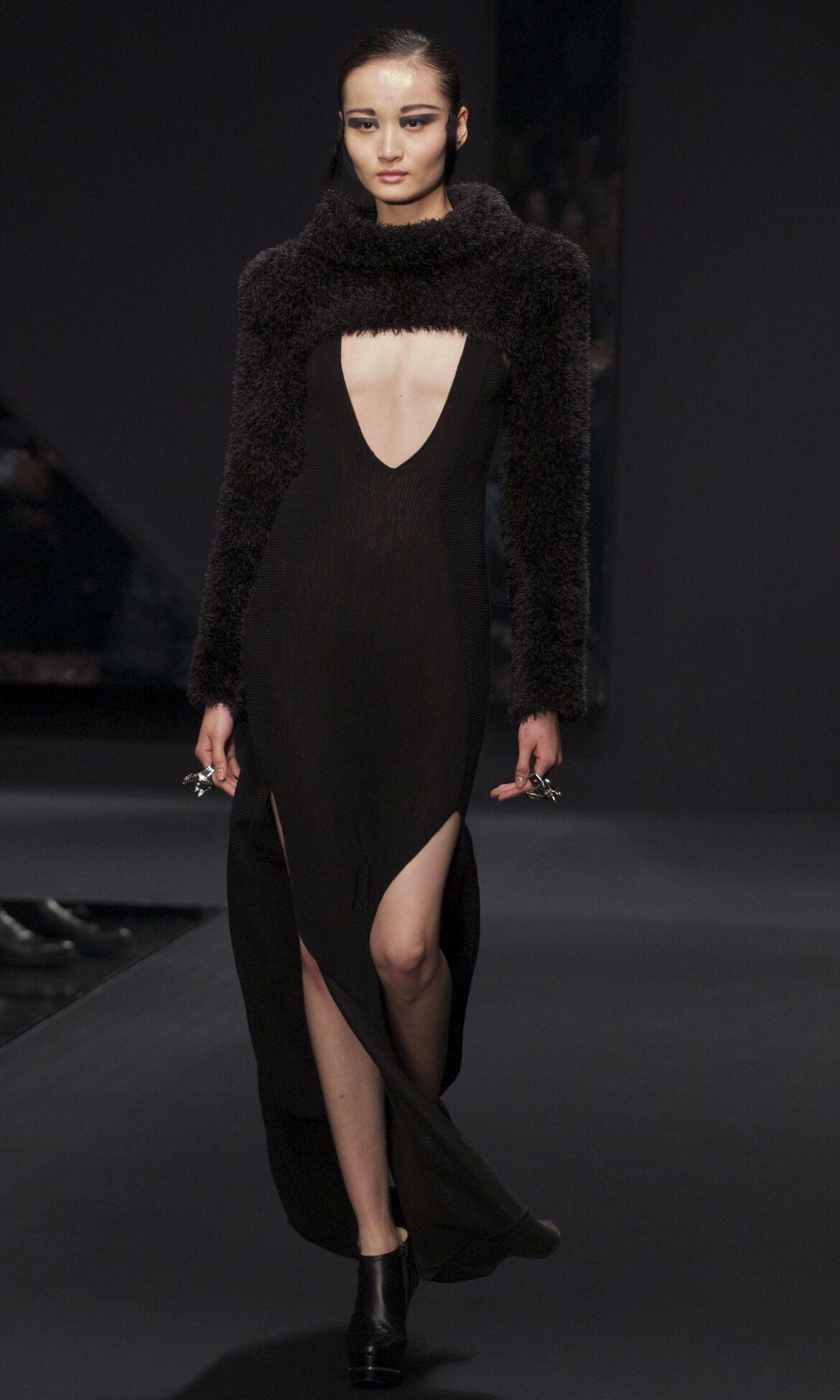 Krizia Fashion Show 2013 Milan Fashion Week