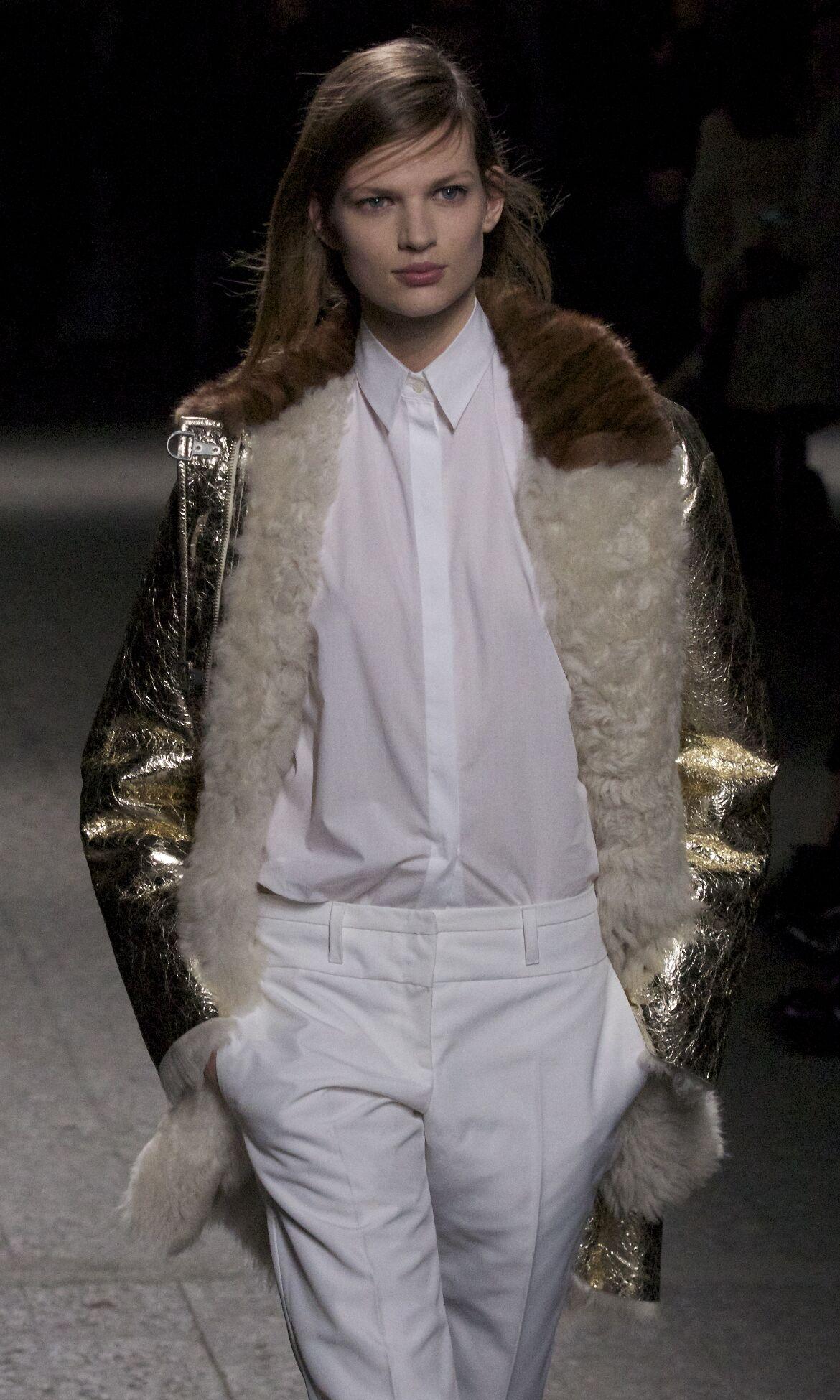 N°21 Fashion Model