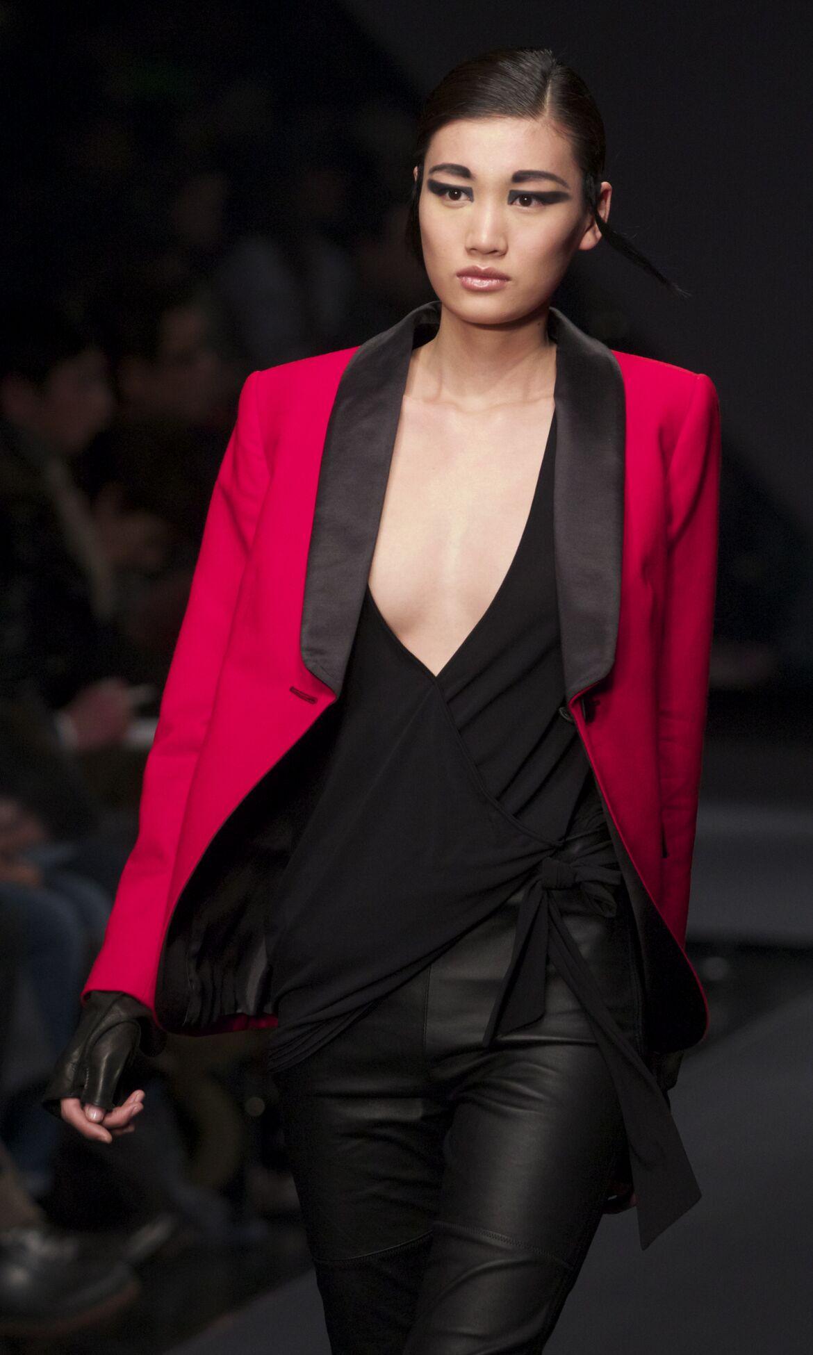 Runway Krizia Fall Winter 2013 14 Women Collection Milan Fashion Week
