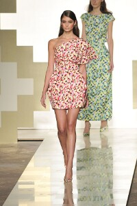MILA SCHÖN SPRING SUMMER 2013 WOMEN'S COLLECTION – MILANO FASHION WEEK