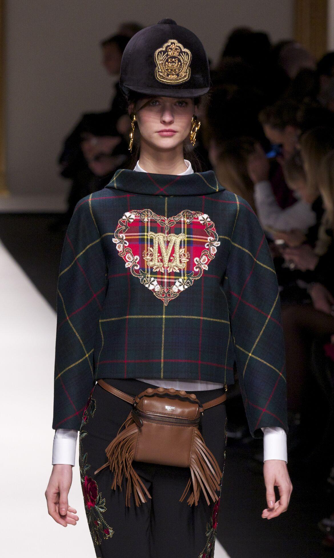Fall Winter 2013 14 Fashion Women's Collection Moschino