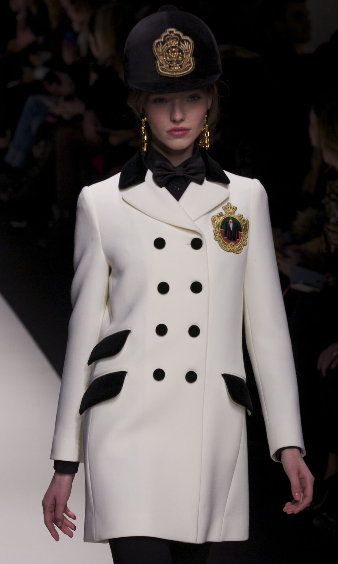 Moschino Winter 2013 Catwalk
