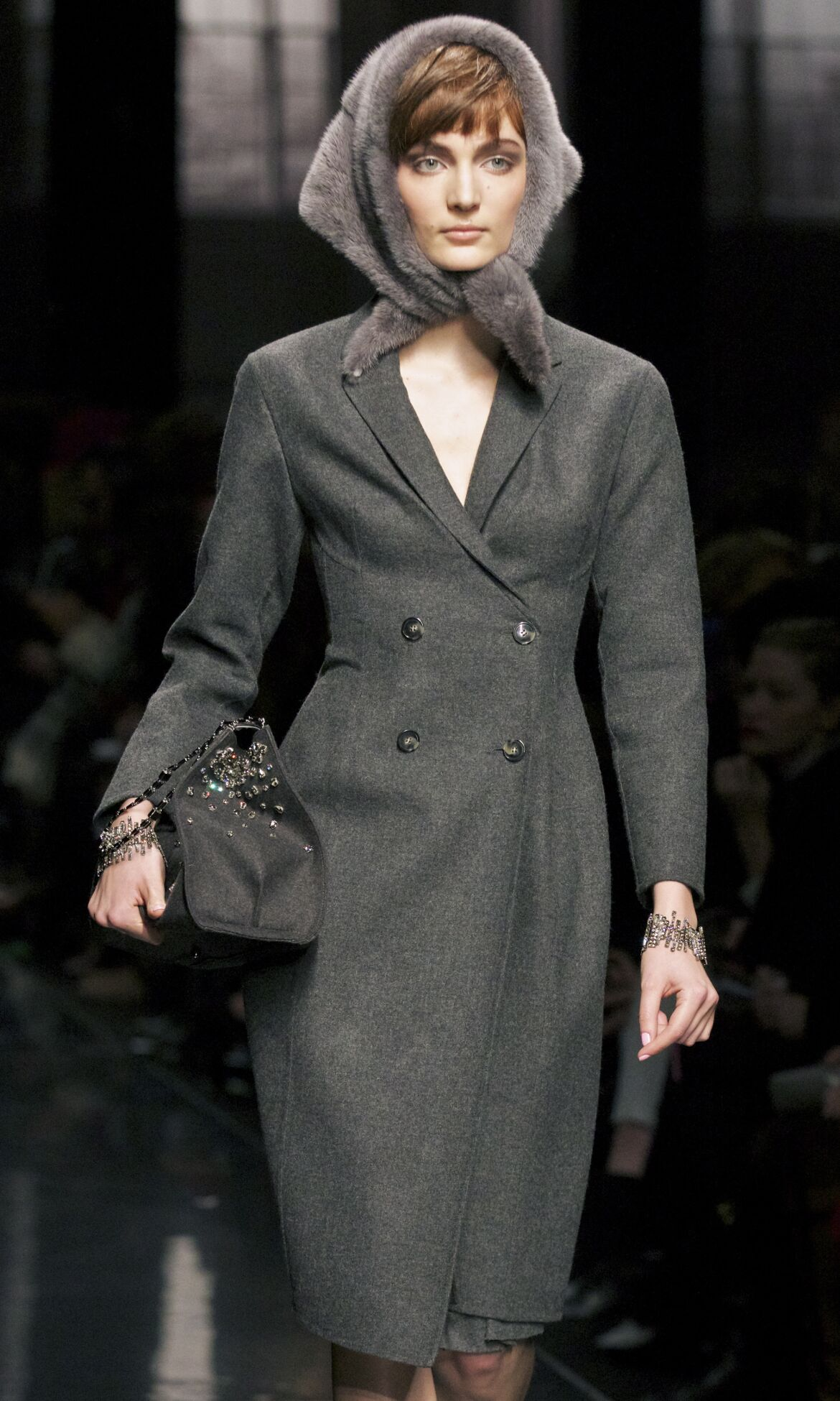 Catwalk Ermanno Scervino Fall Winter 2013 14 Women Collection Milan Fashion Week
