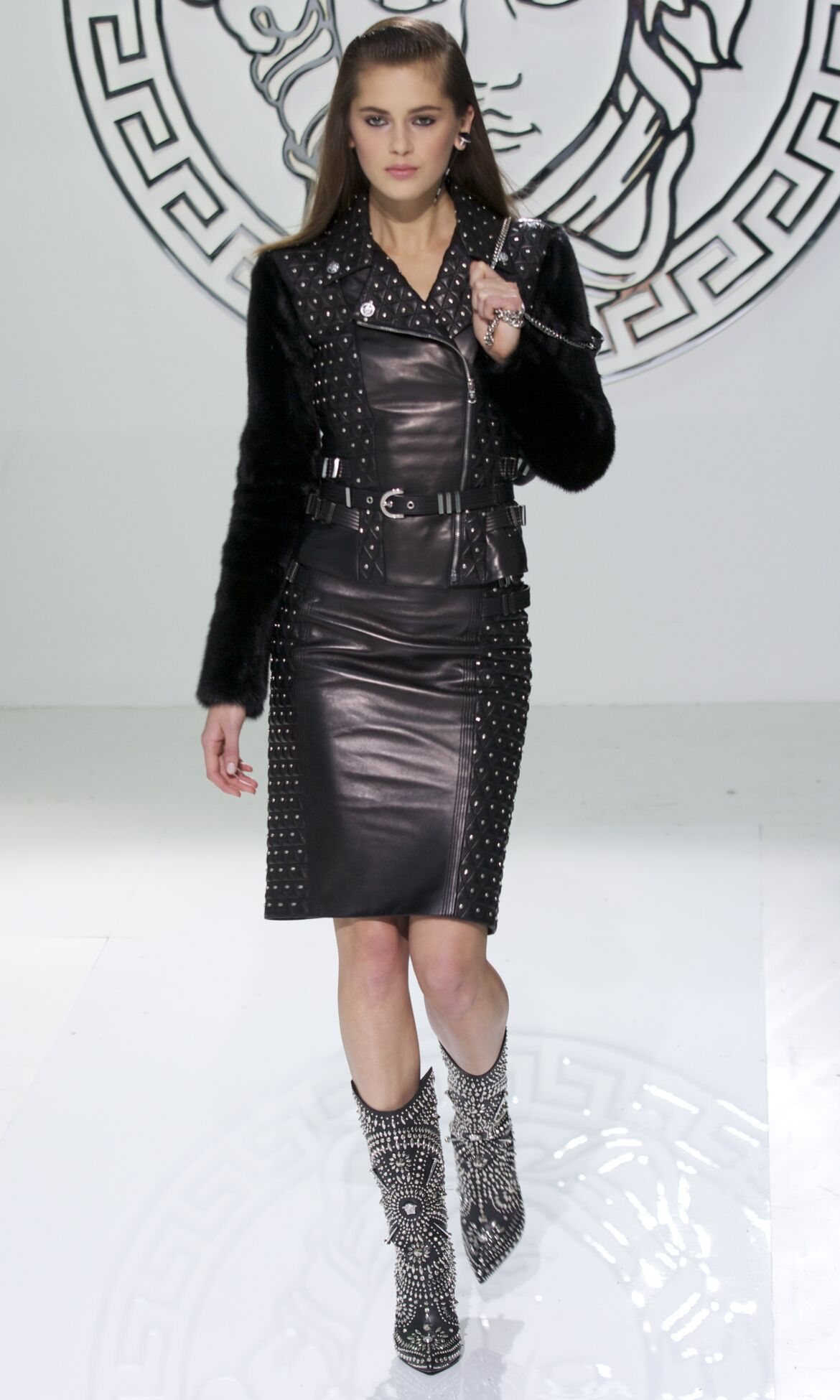 Fall winter 2013 fashion trends for women - Winter 2013 Woman Versace Fall 2013 Fashion Trends Versace