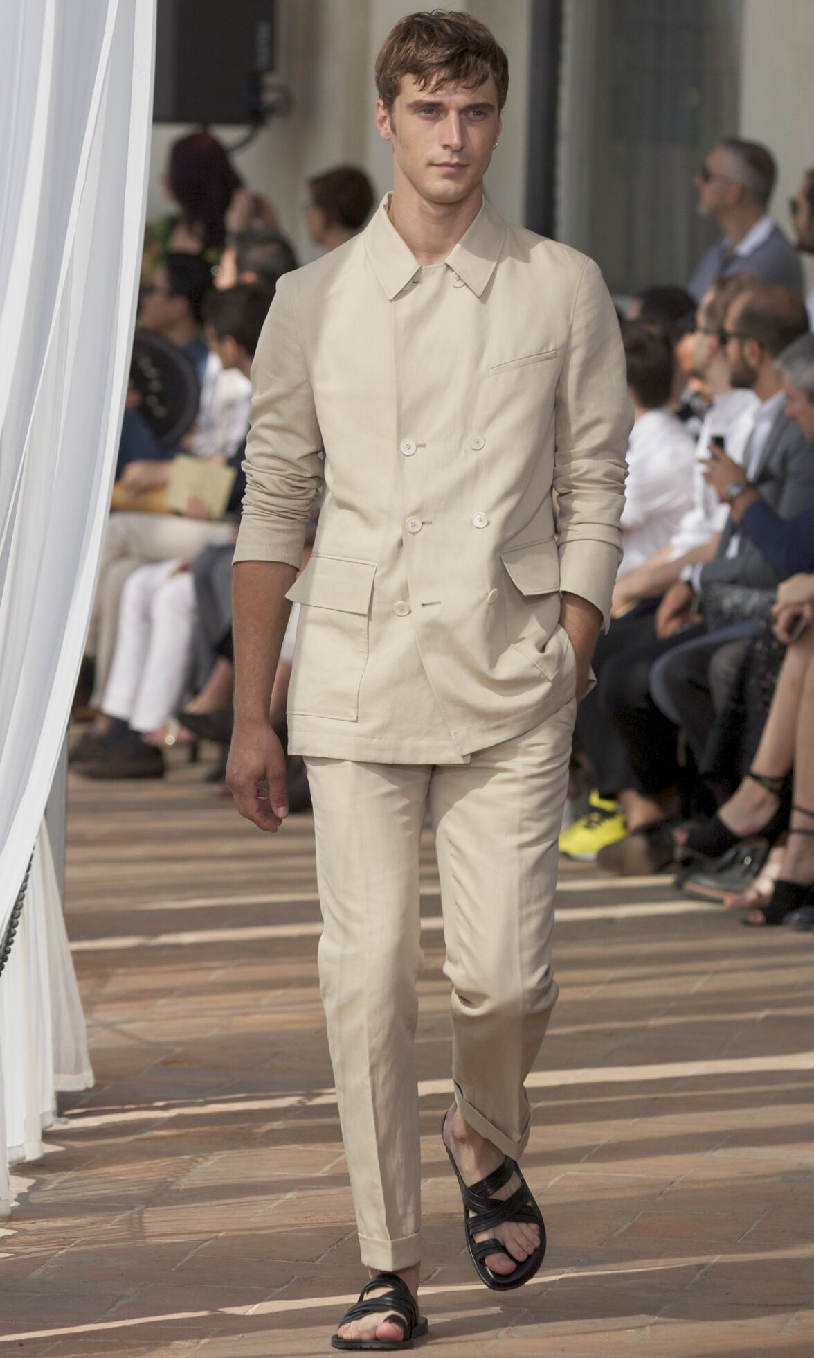 Catwalk Corneliani Fashion Show Summer 2014