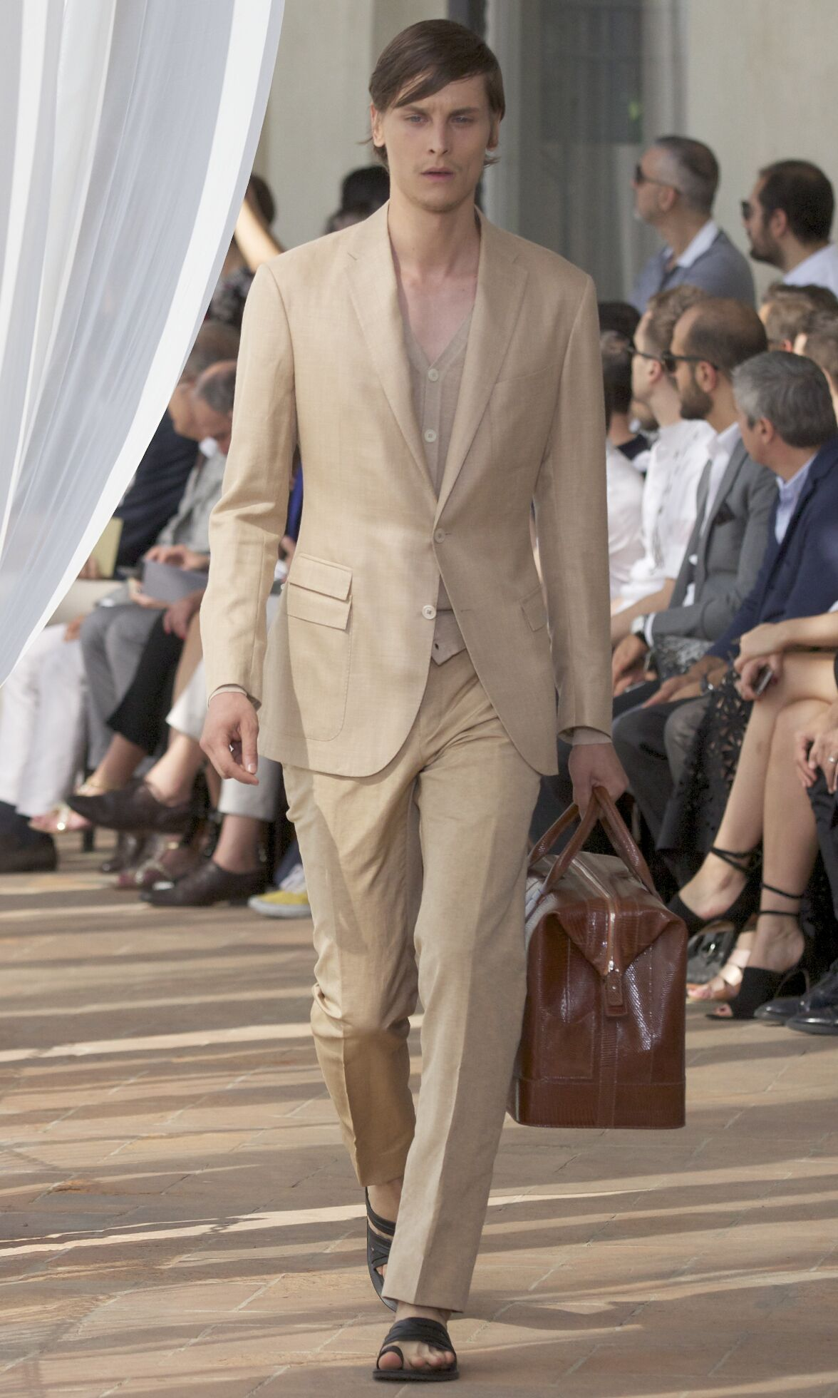 Corneliani Summer 2014 Catwalk
