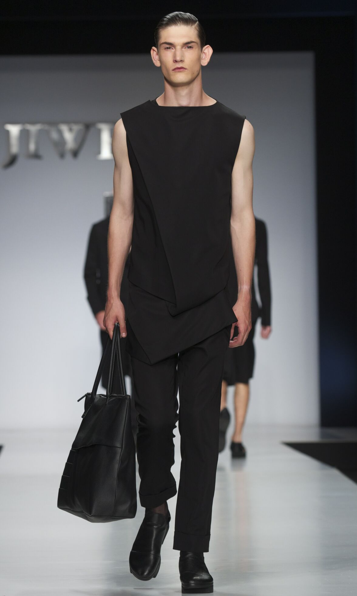 Ji Wenbo Spring Summer 2014 Mens Collection Milano Fashion Week