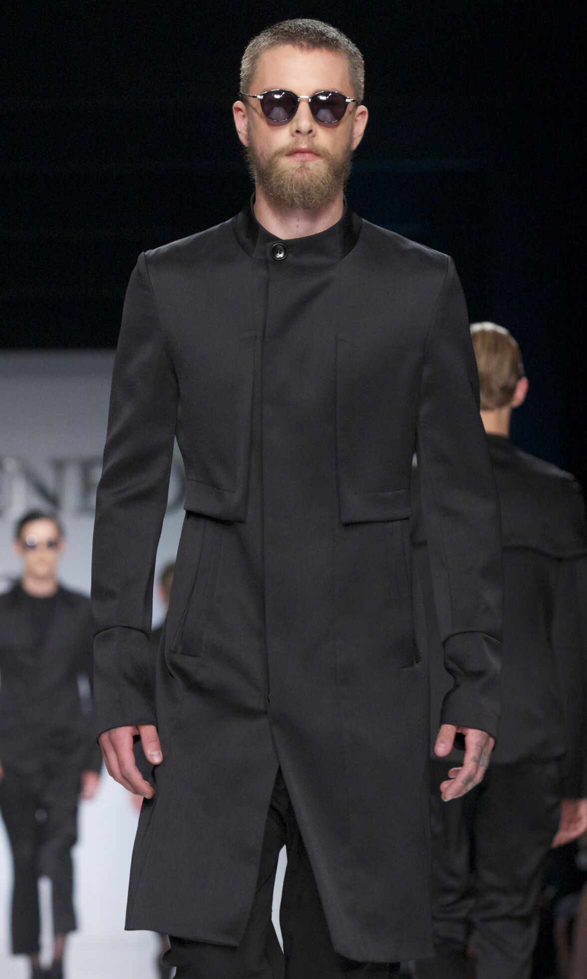 Runway Ji Wenbo Spring Summer 2014 Men Collection Milan Fashion Week
