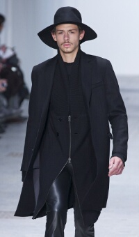 COSTUME NATIONAL HOMME FALL WINTER 2013 – MILANO FASHION WEEK