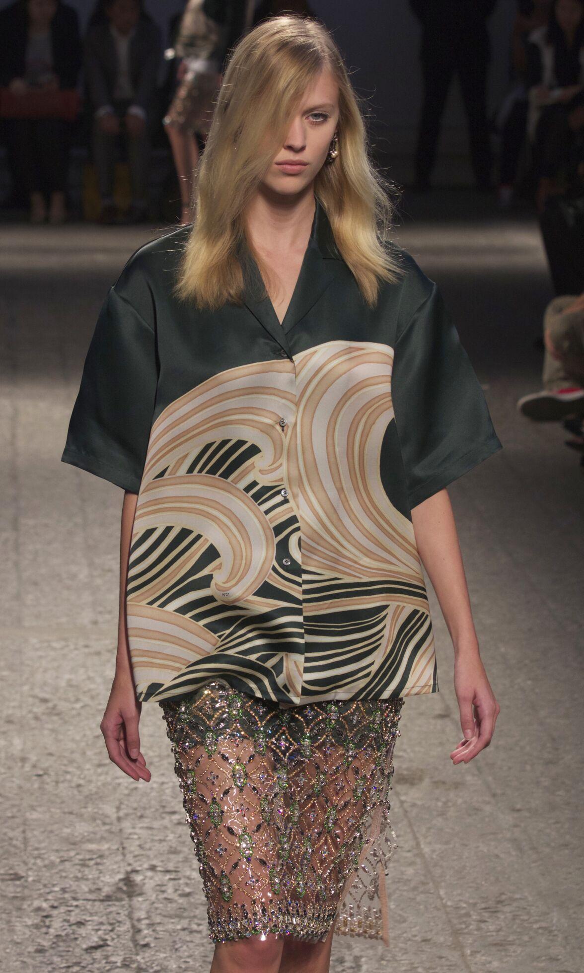 Fashion Show Milan N°21 Catwalk