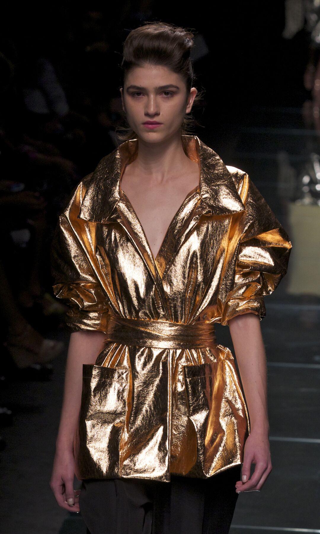 Fashion Woman Model Anteprima Catwalk