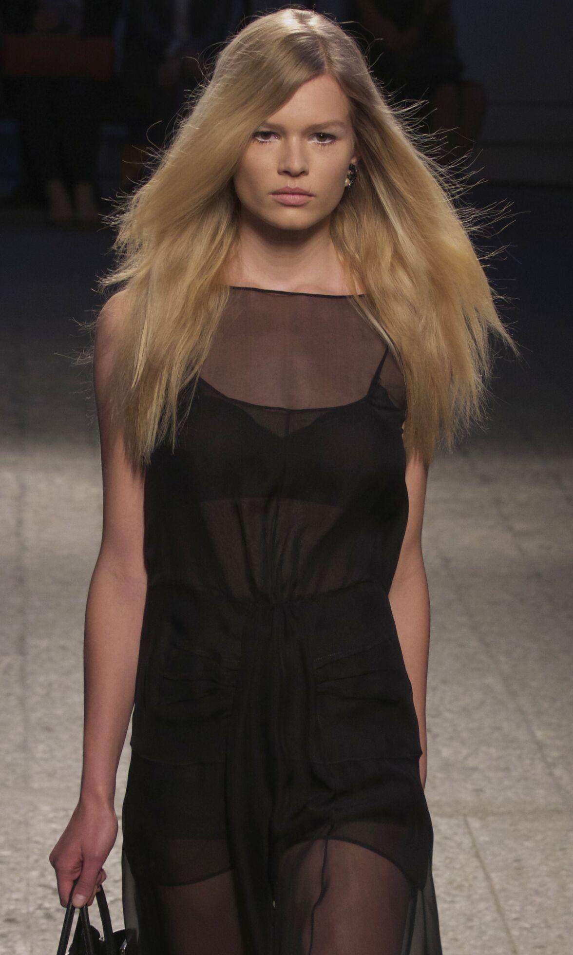 Spring 2014 Woman Fashion Show N°21