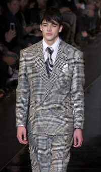 VERSACE FALL WINTER 2013-14 MEN'S COLLECTION – MILANO FASHION WEEK