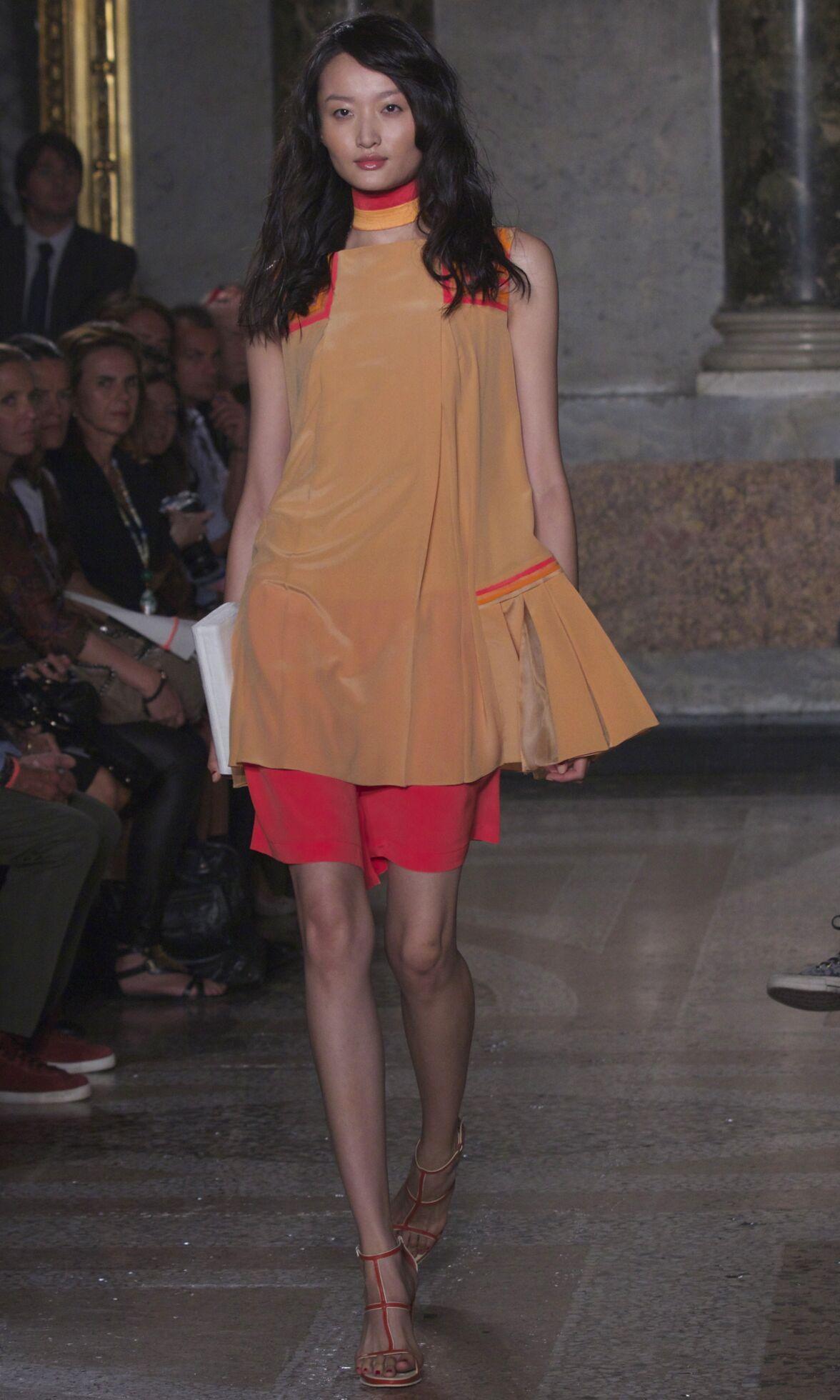 Mila Schön Fashion Show