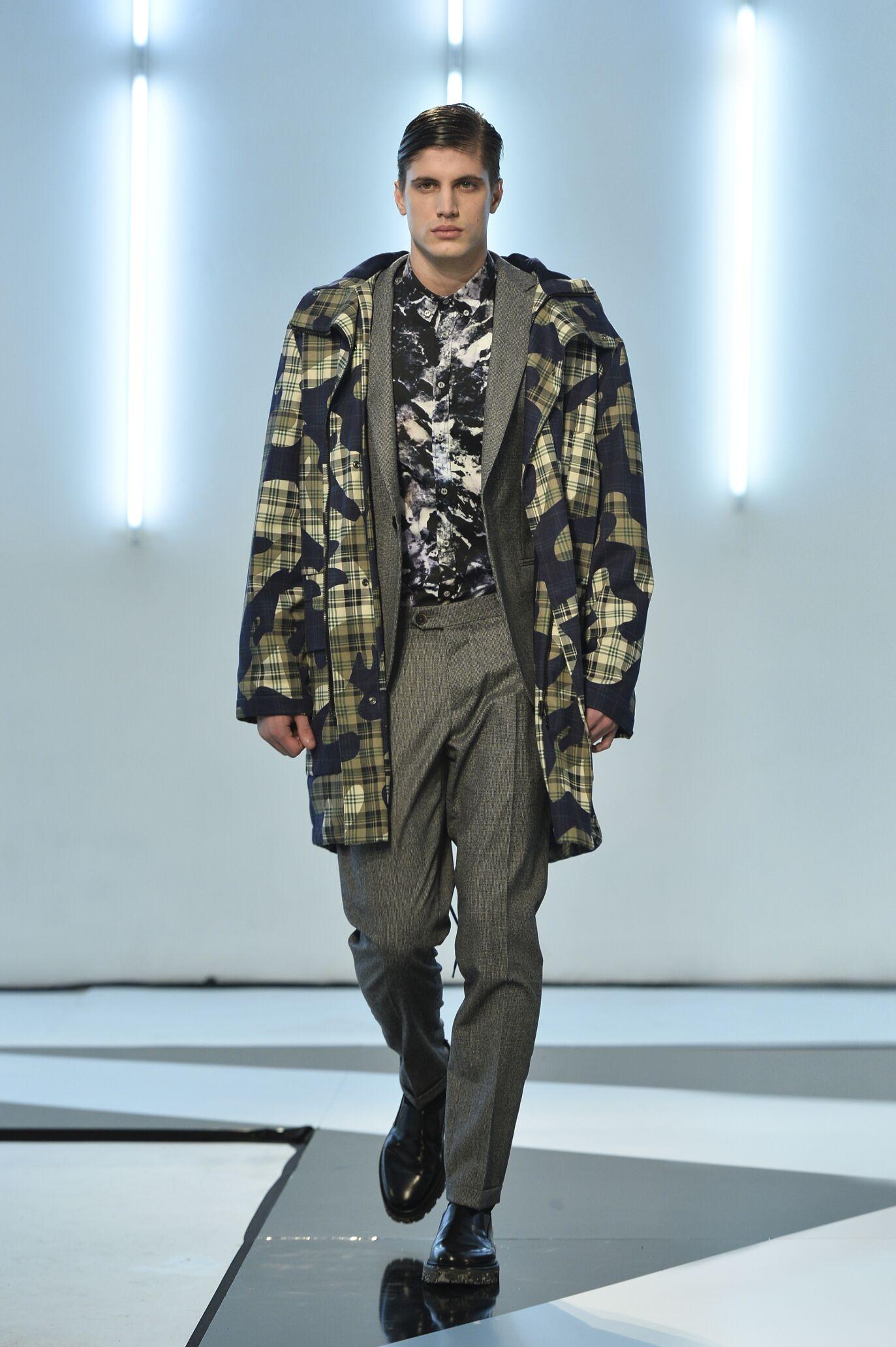 Fashion Man Model Msgm Catwalk