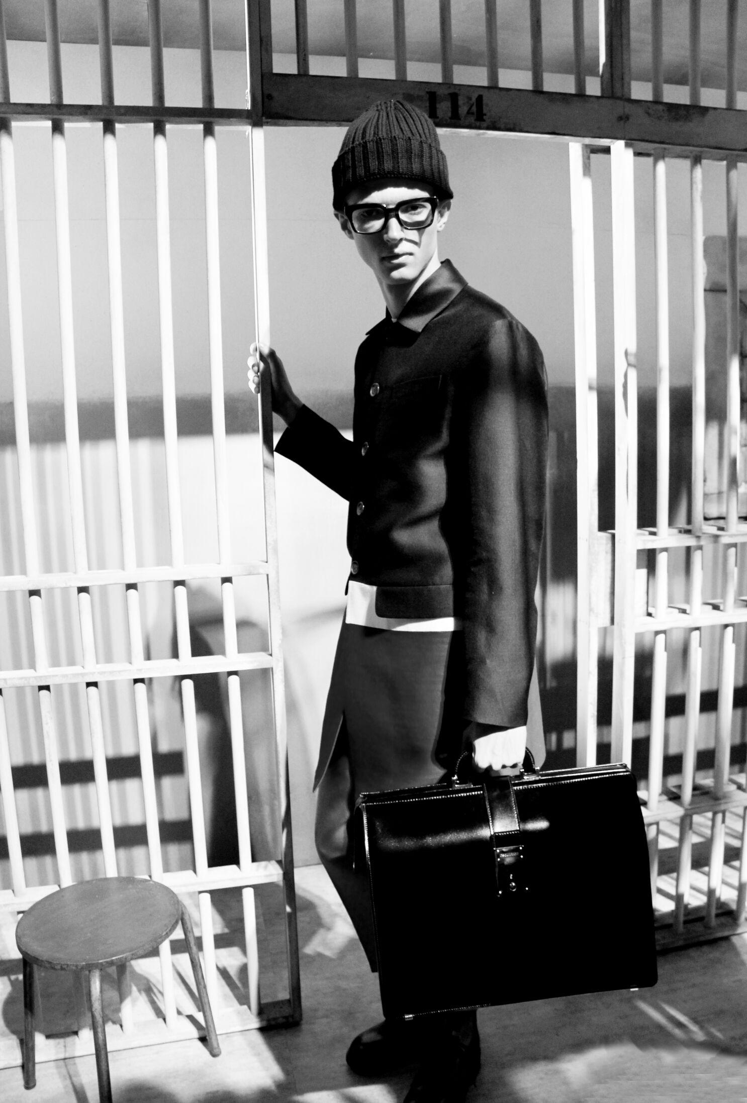 Fashion Model Backstage Dsquared2 2014
