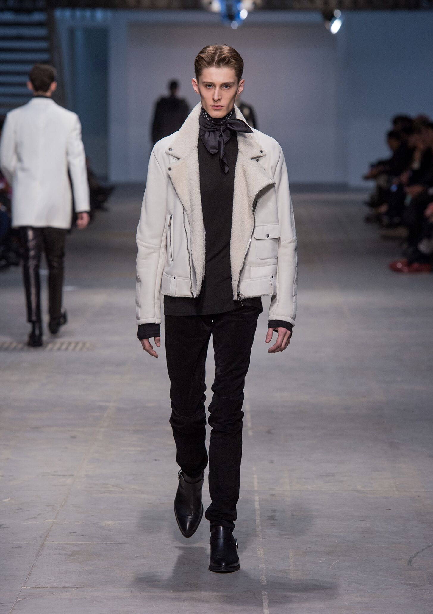 Catwalk Costume National Homme Winter 2014