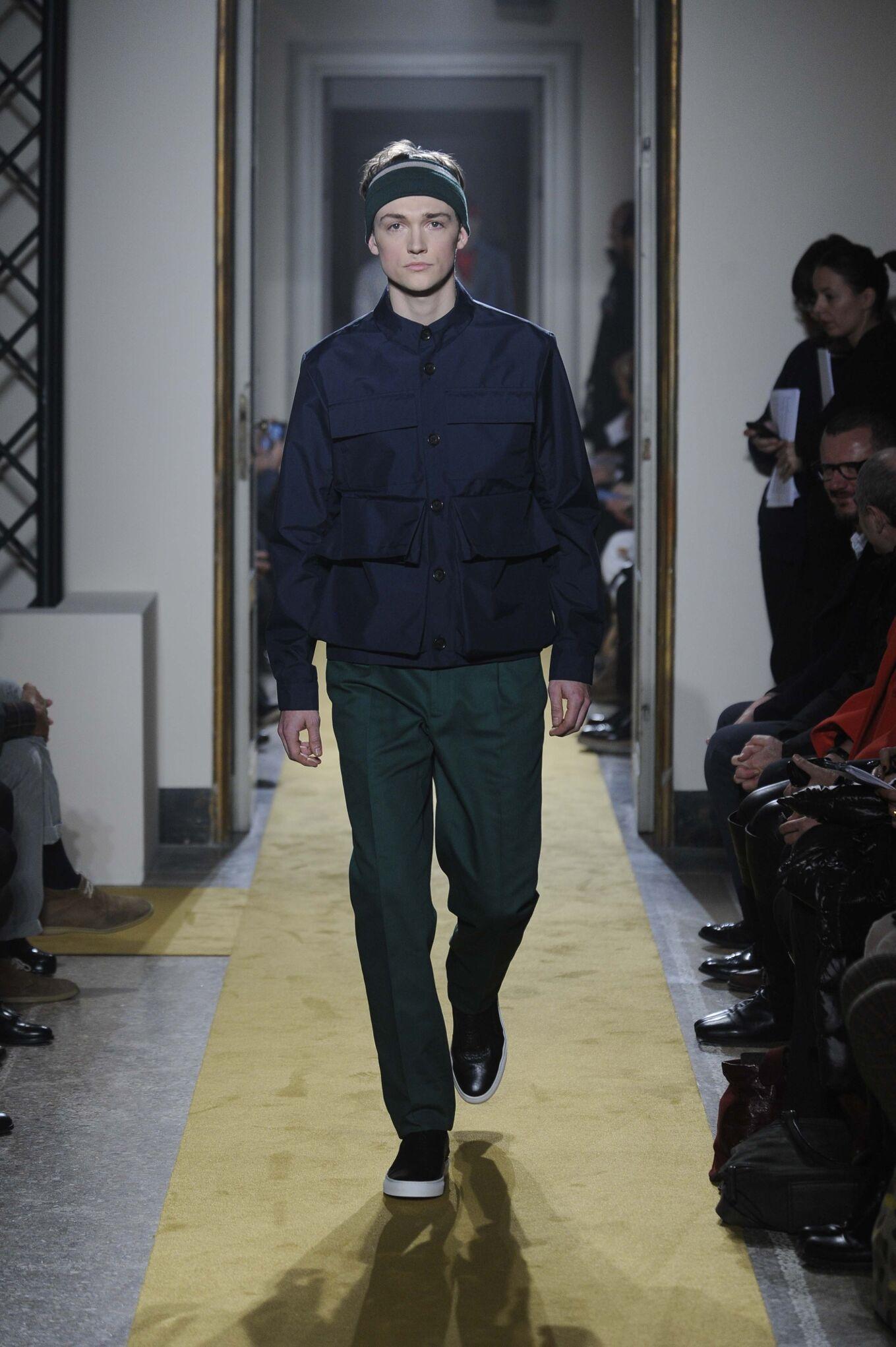 Fashion Man Model Andrea Incontri Catwalk
