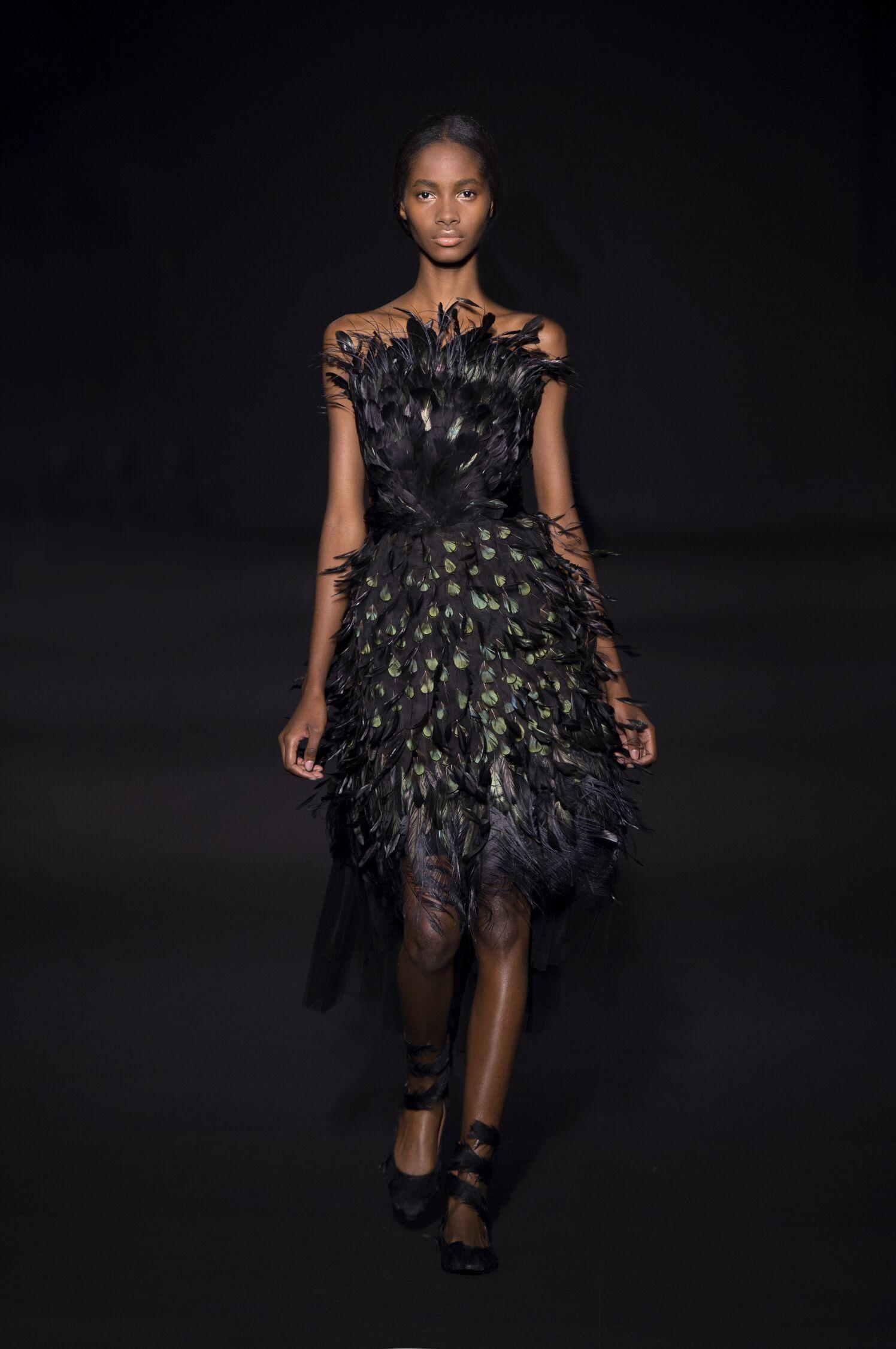 Runway Alberta Ferretti Fall Winter 2014 15 Women Collection Milano Fashion Week