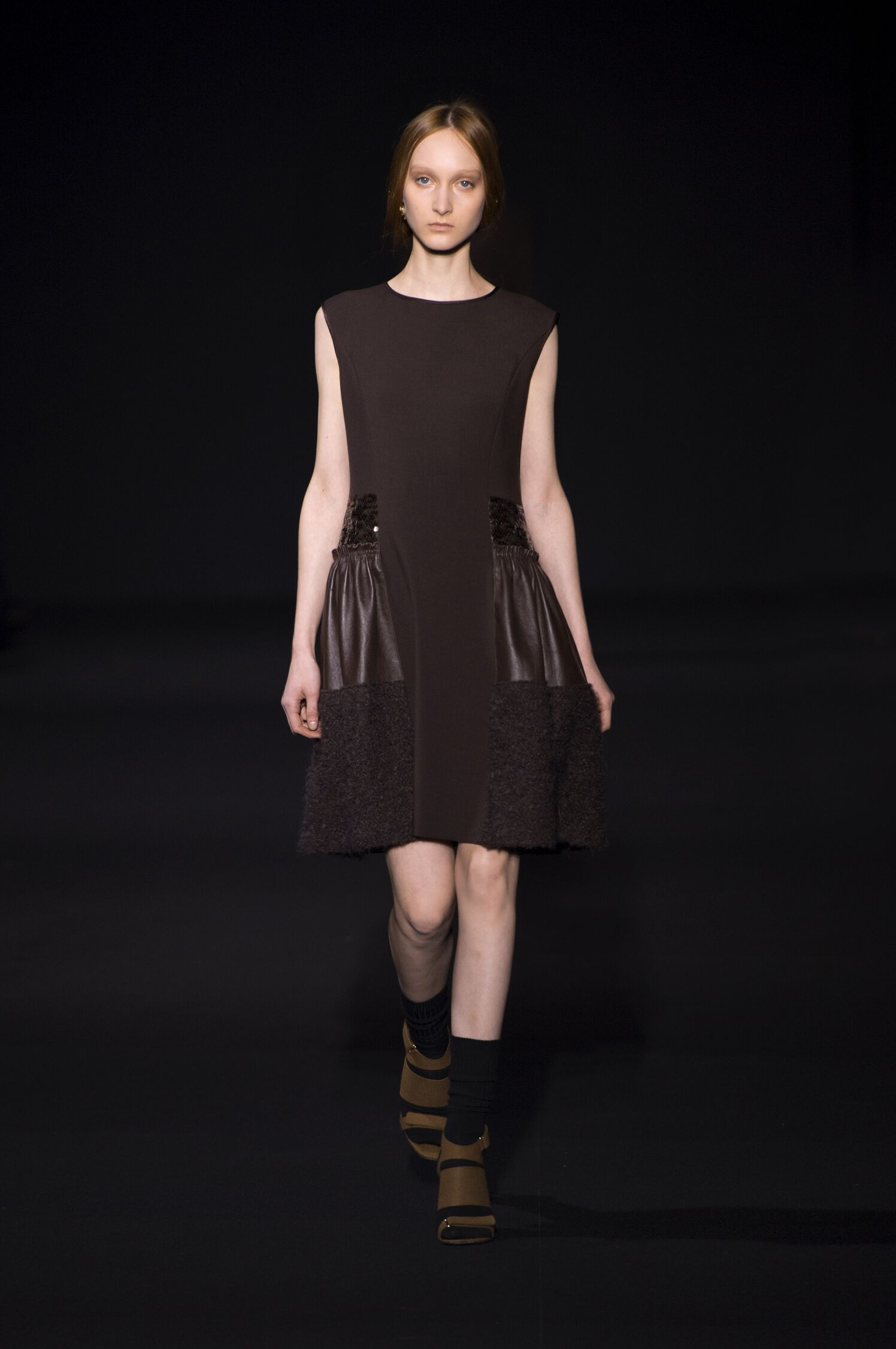 Runway Alberta Ferretti Fashion Show Winter 2014