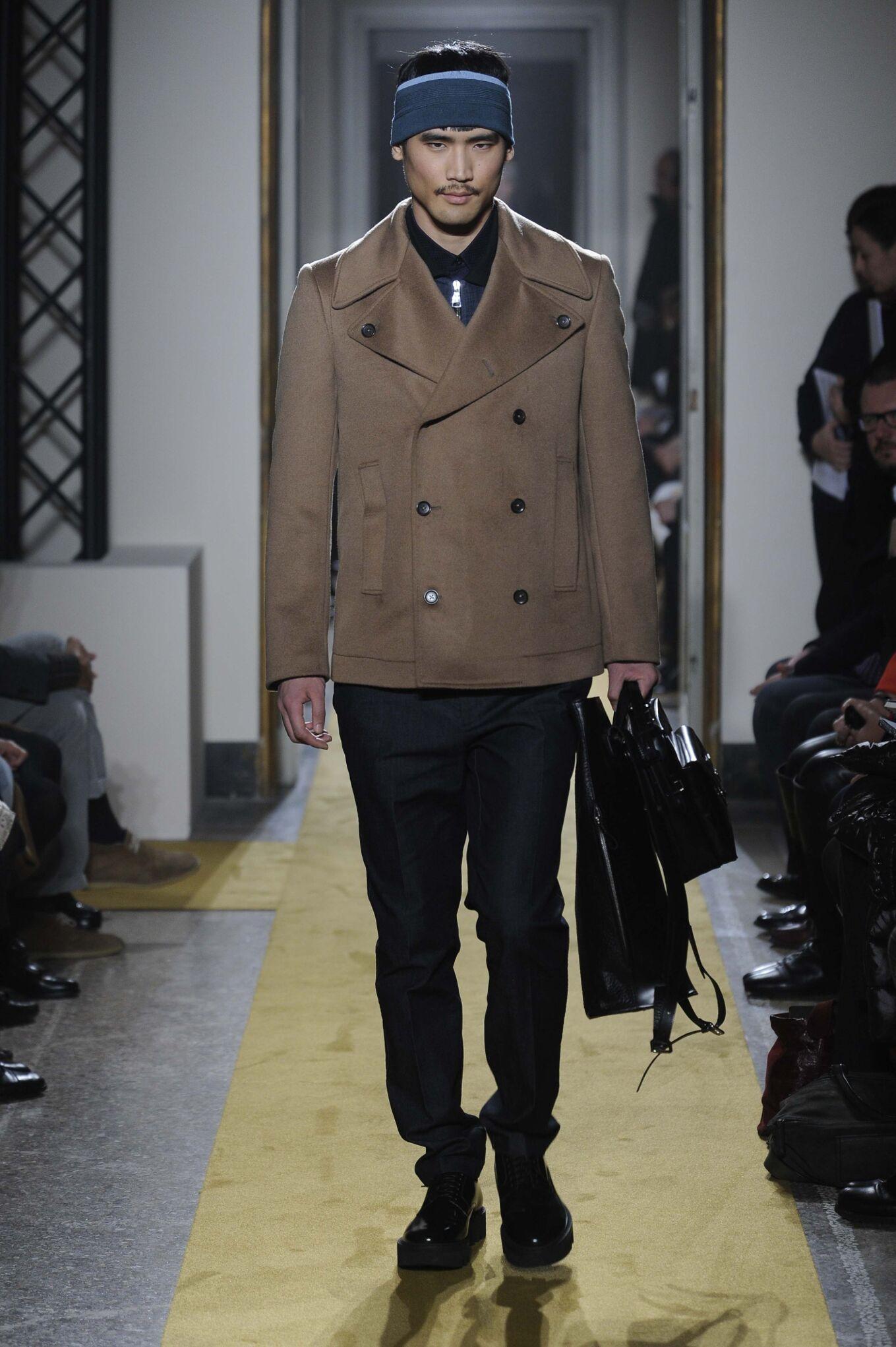 Runway Andrea Incontri Fall Winter 2014 15 Men Collection Milan Fashion Week