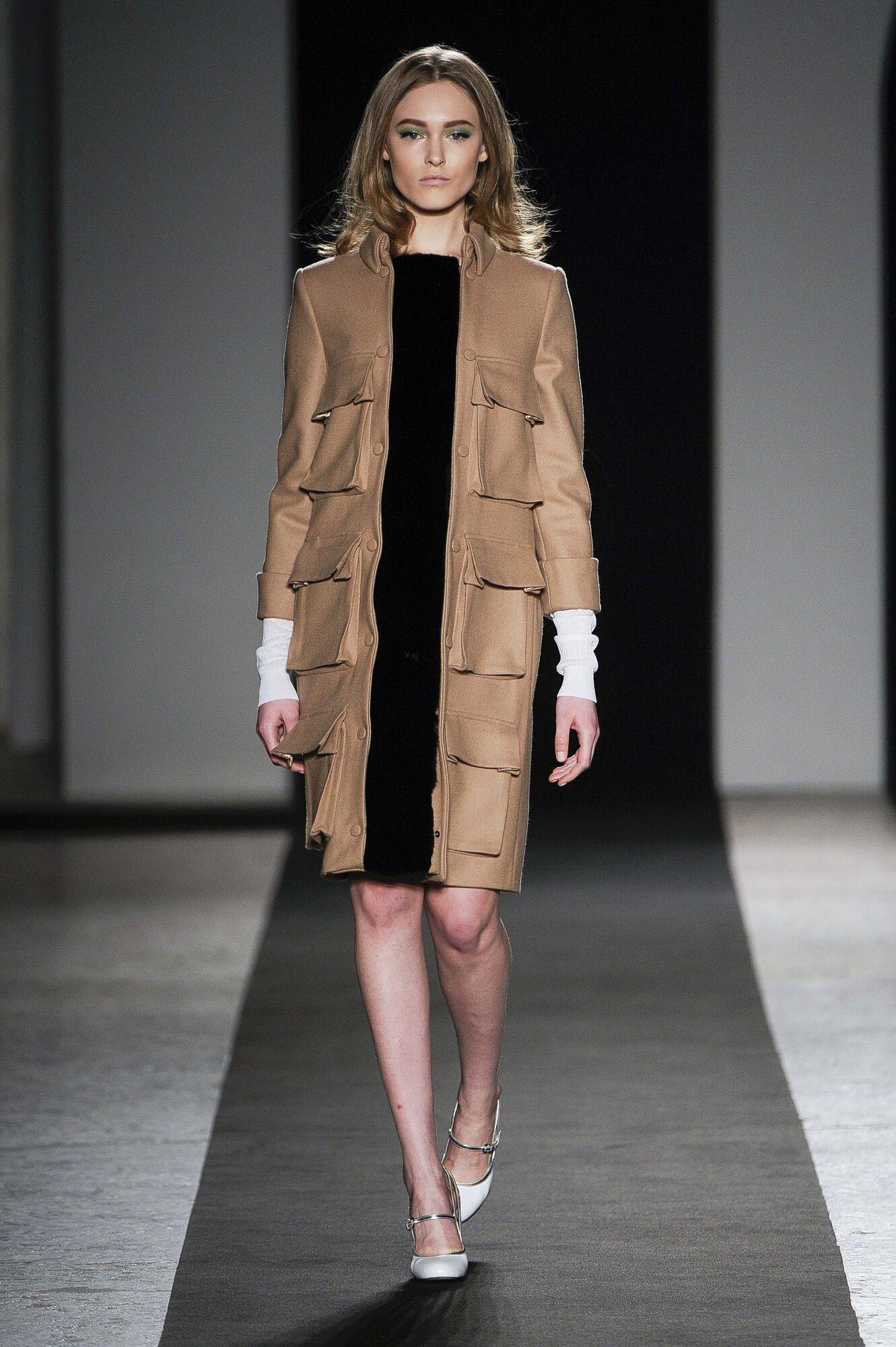 Andrea Incontri Woman Milano Fashion Week