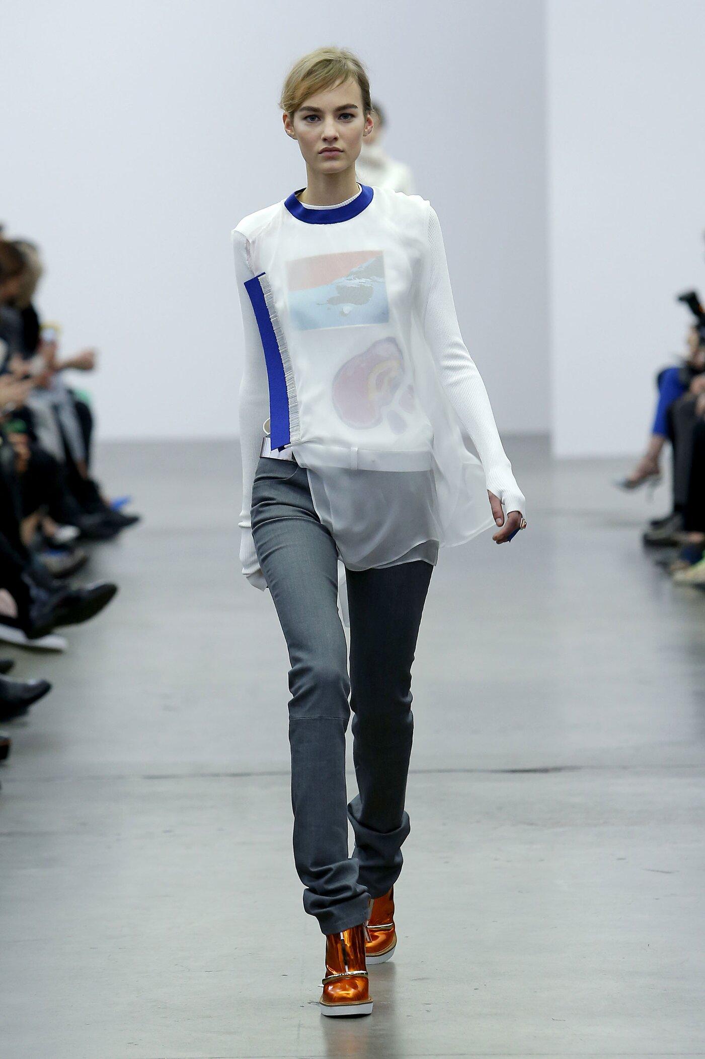 Fall Iceberg Fashion Woman