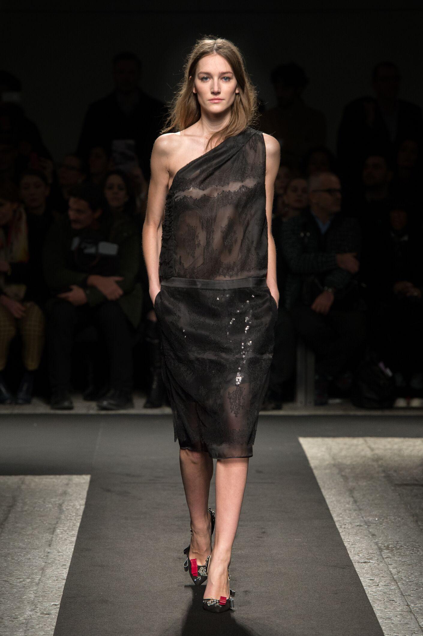 Fall N°21 Fashion Woman