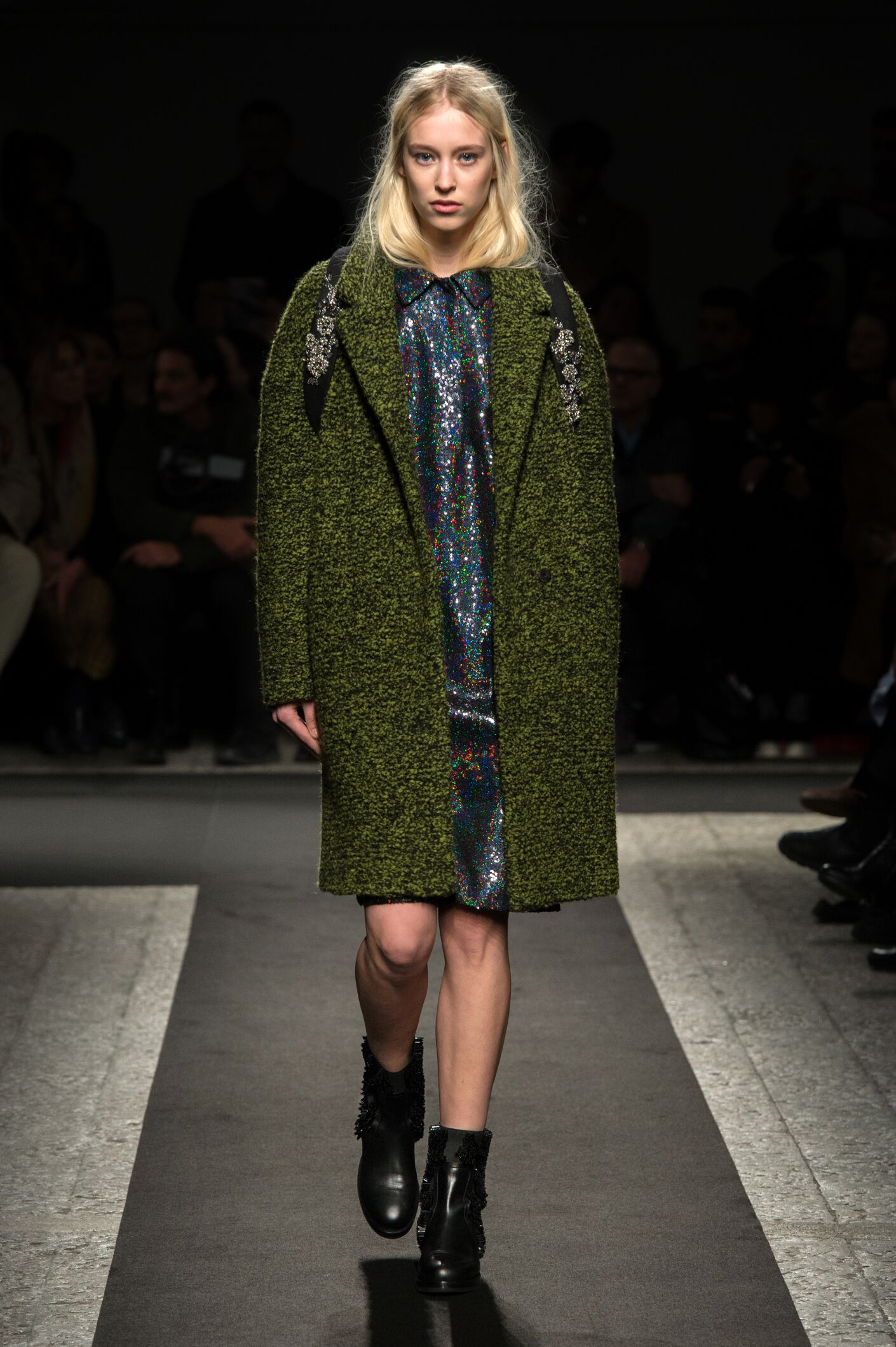 Fashion Model N°21 Catwalk