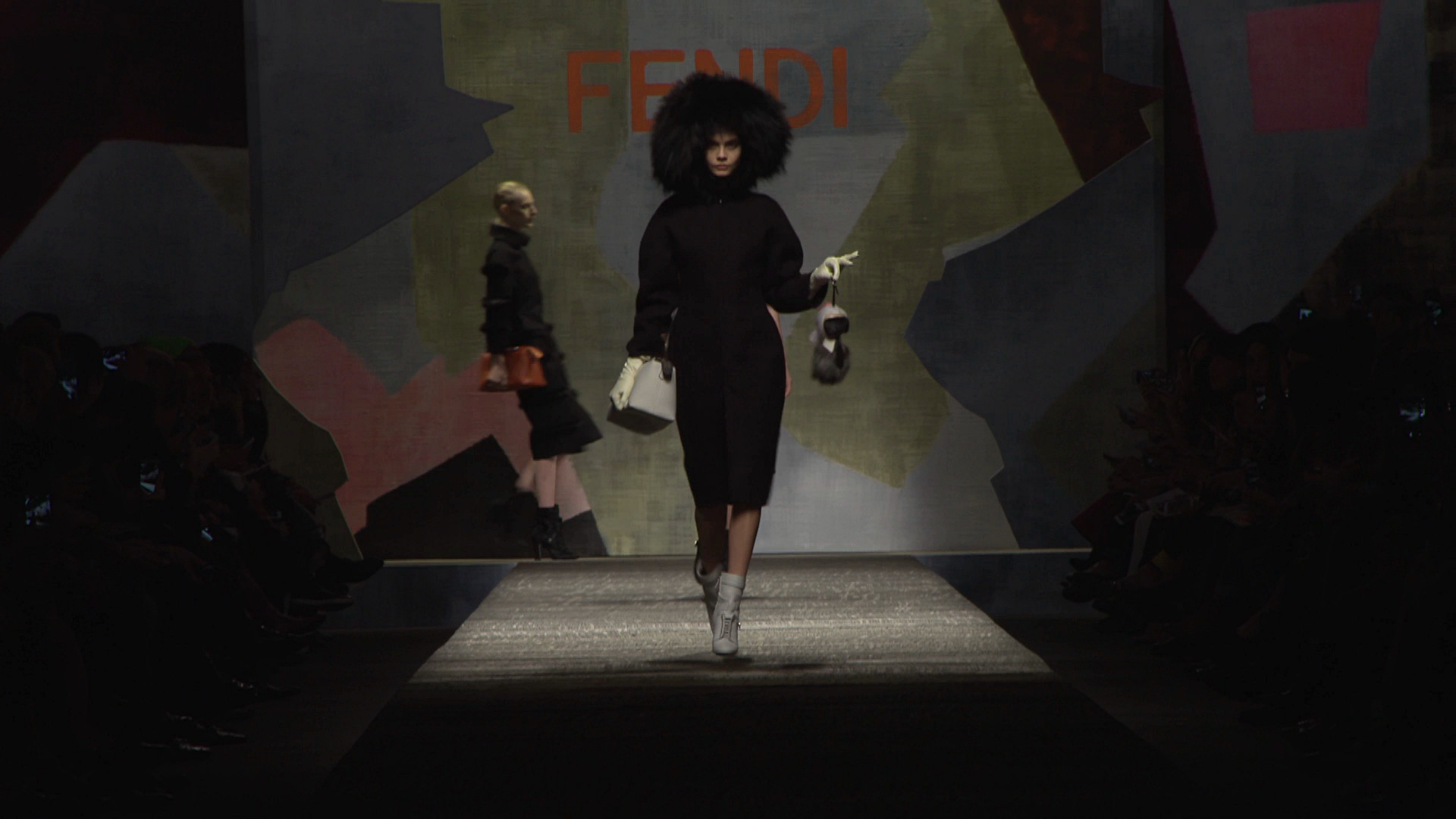 Fendi Fall Winter 2014-15 Women's Fashion Show - Milano Fashion Week
