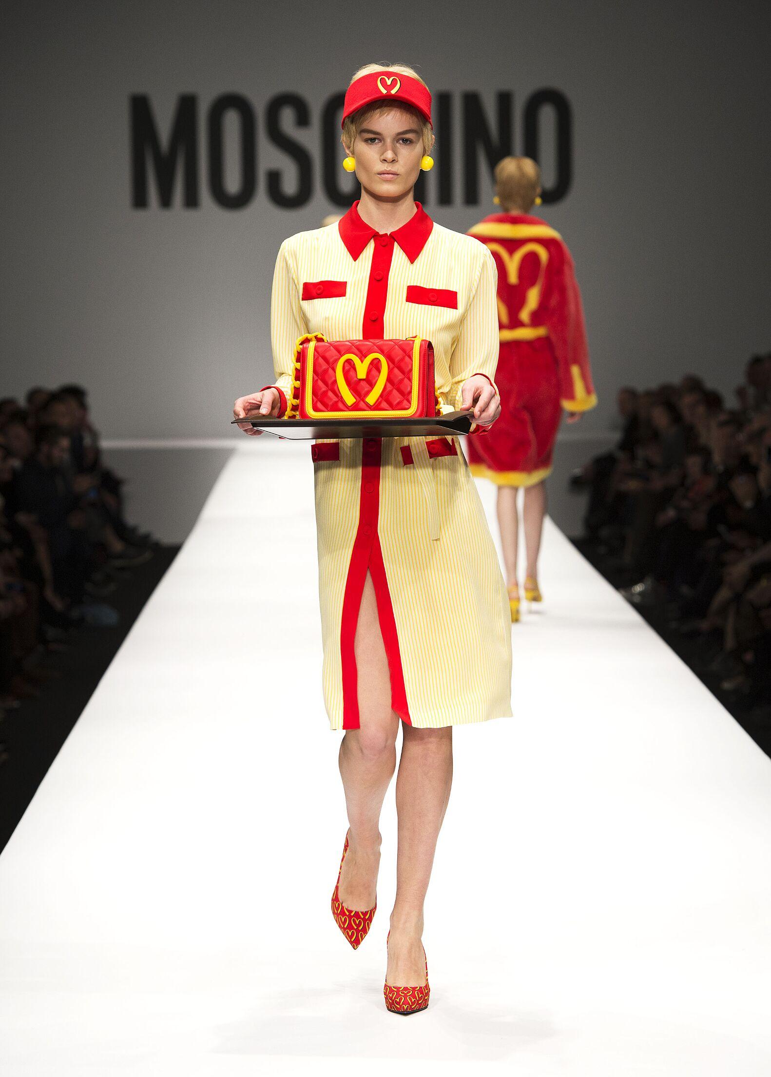 Moschino Fall Winter 2014 15 Women Collection Milan Fashion Week Fashion Show
