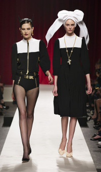 MOSCHINO SPRING SUMMER 2014 WOMEN'S COLLECTION – MILANO FASHION WEEK