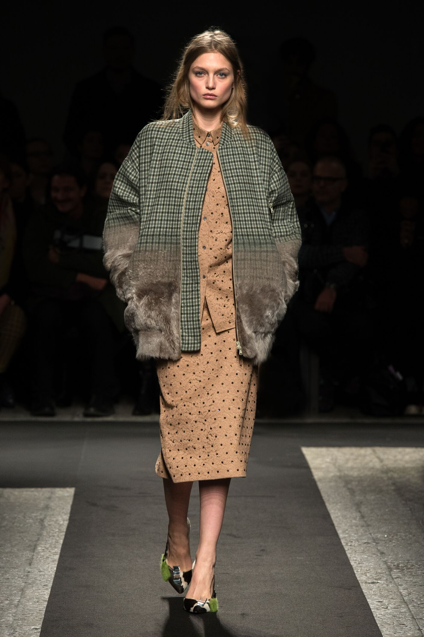 N°21 Fall Winter 2014 15 Women's Collection Milan Fashion Week Fashion Show