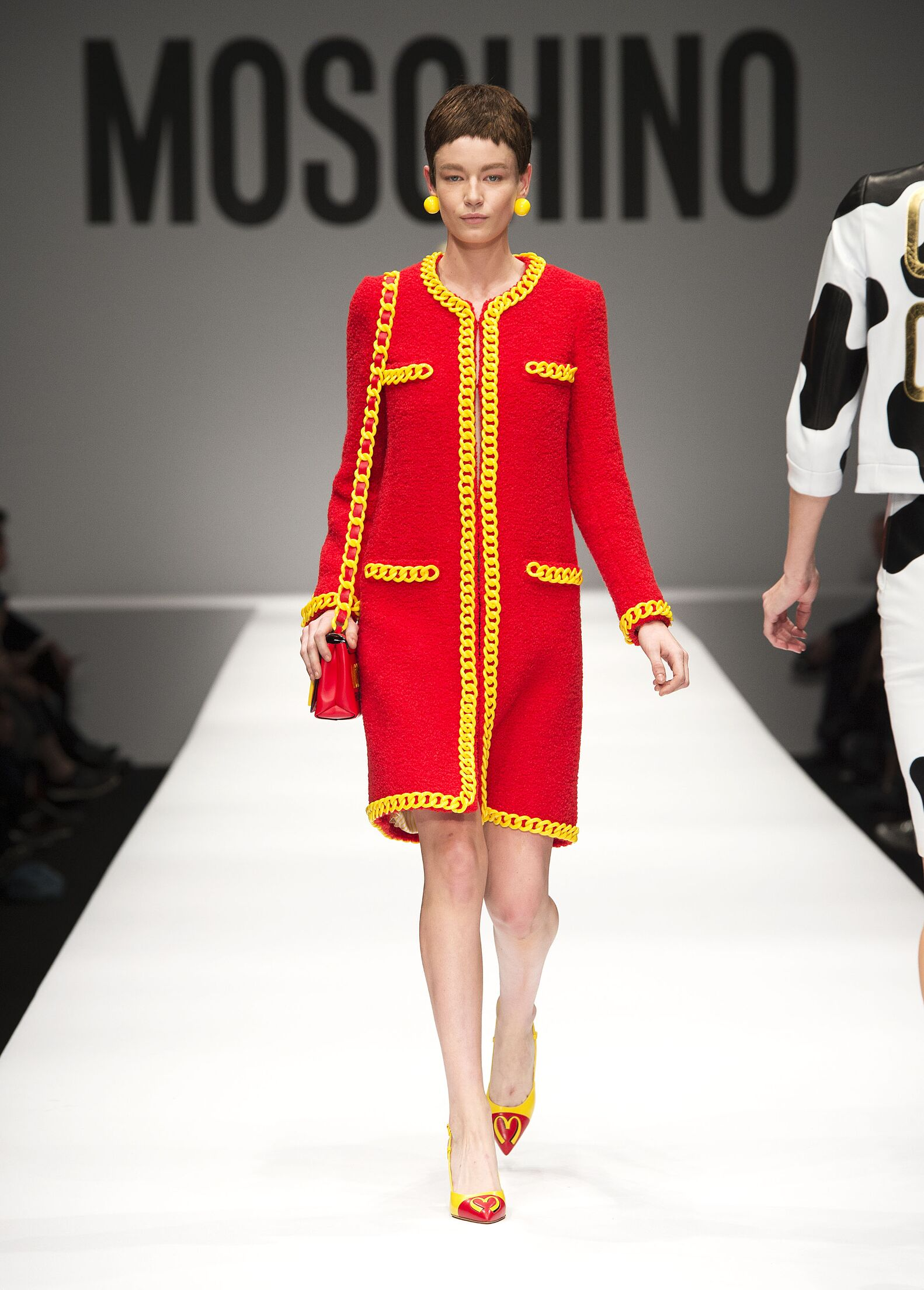 MOSCHINO FALL WINTER 2014-15 WOMEN'S COLLECTION